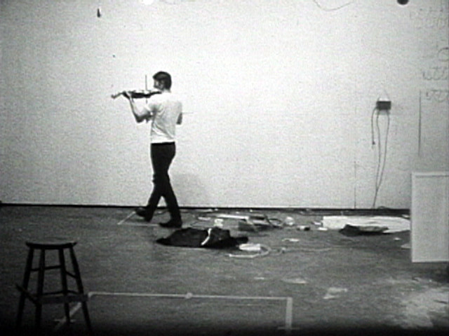 Bruce Nauman. Playing a Note on the Violin While I Walk Around the Studio. 1967-1968