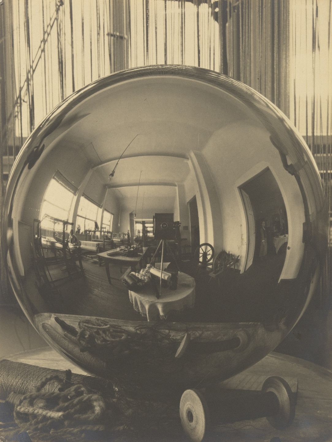 Georg Muche. Reflection: the Weaving Workshop in the Ball. 1921