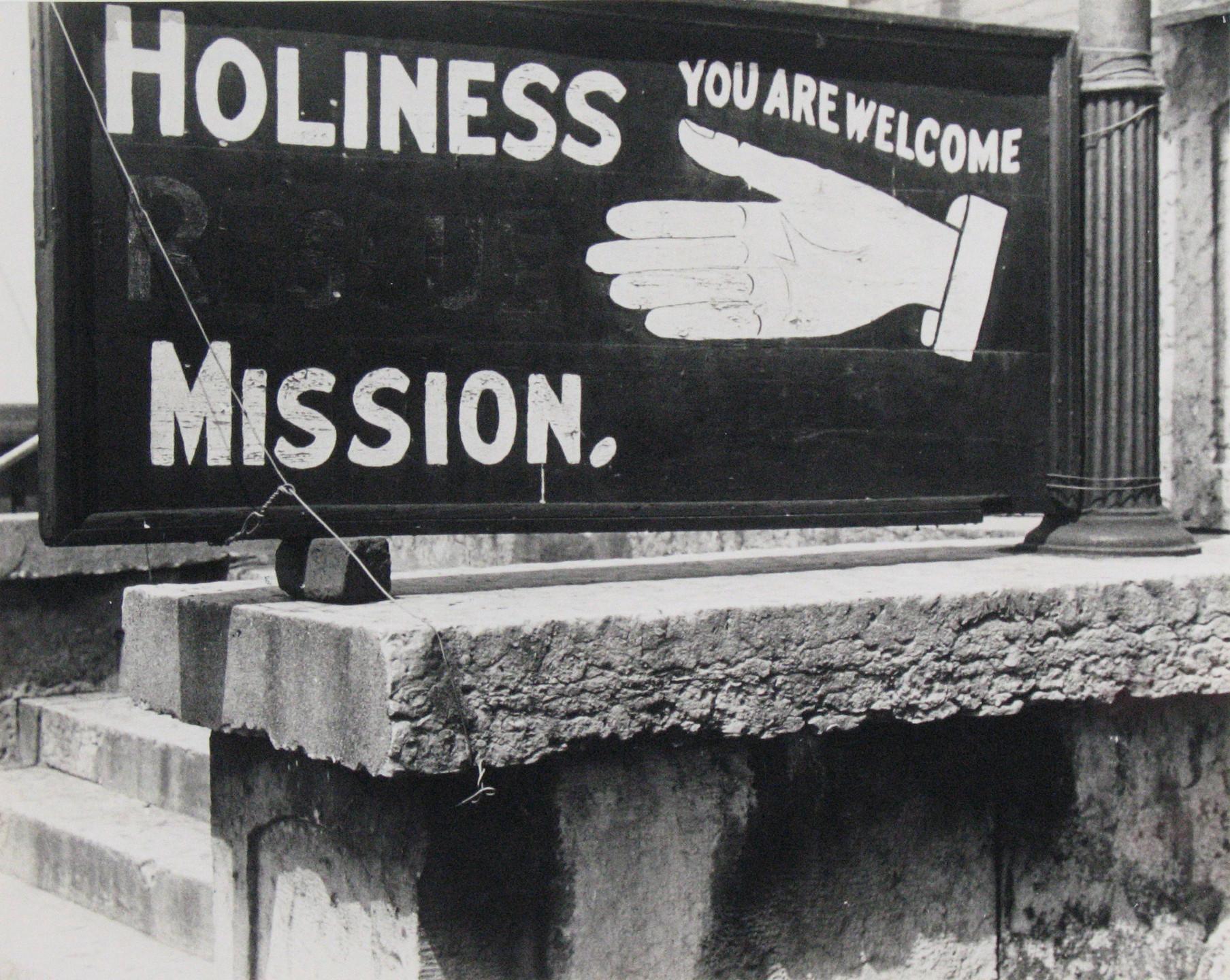 Ben Shahn. Religious Sign in Columbus, Ohio. 1938