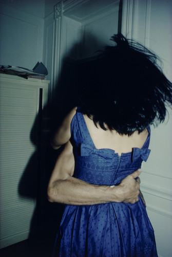 The Hug, New York City /Nan Goldin, 1980。取自:MOMA