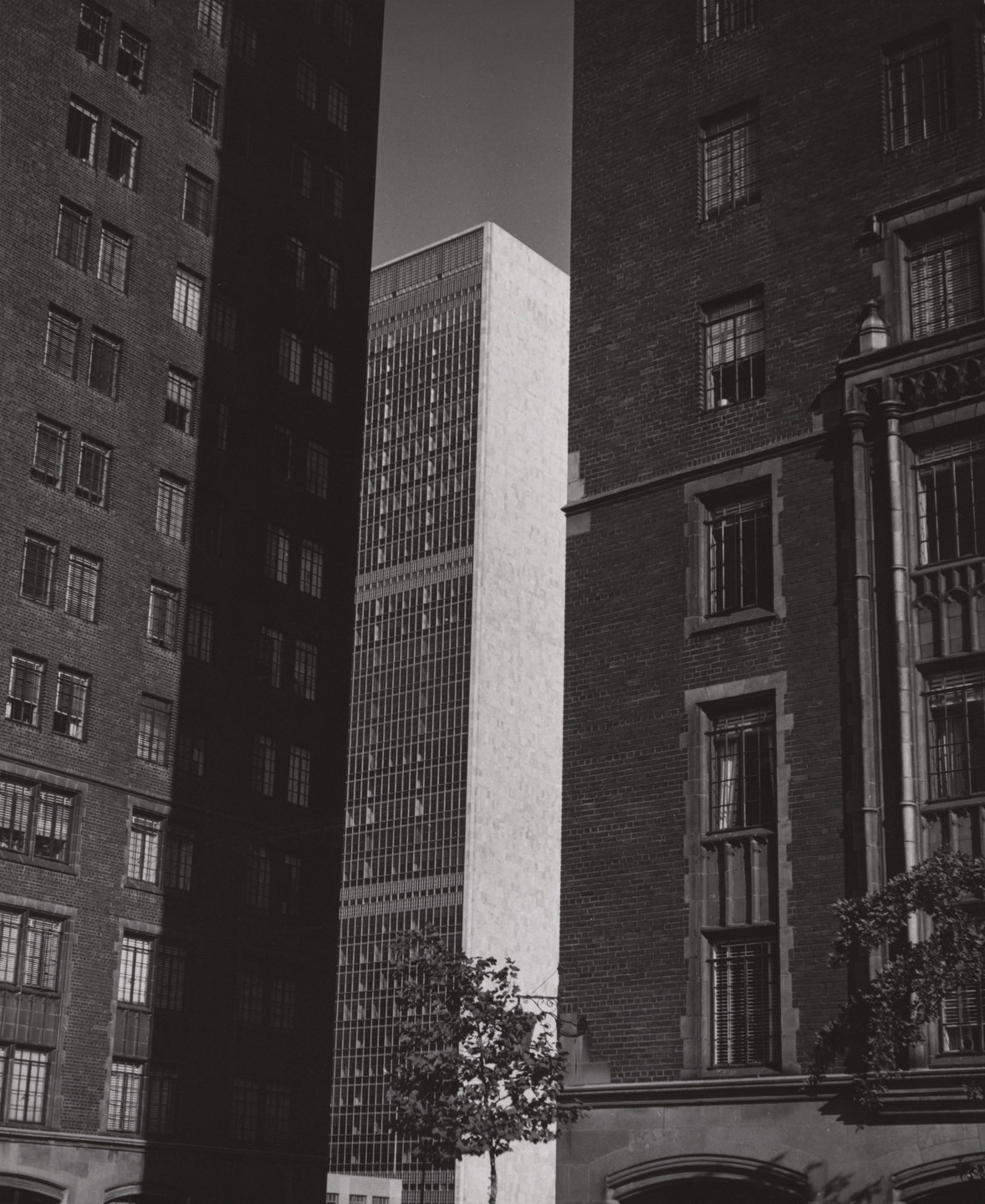Charles Sheeler. Skyscrapers, New York. 1950
