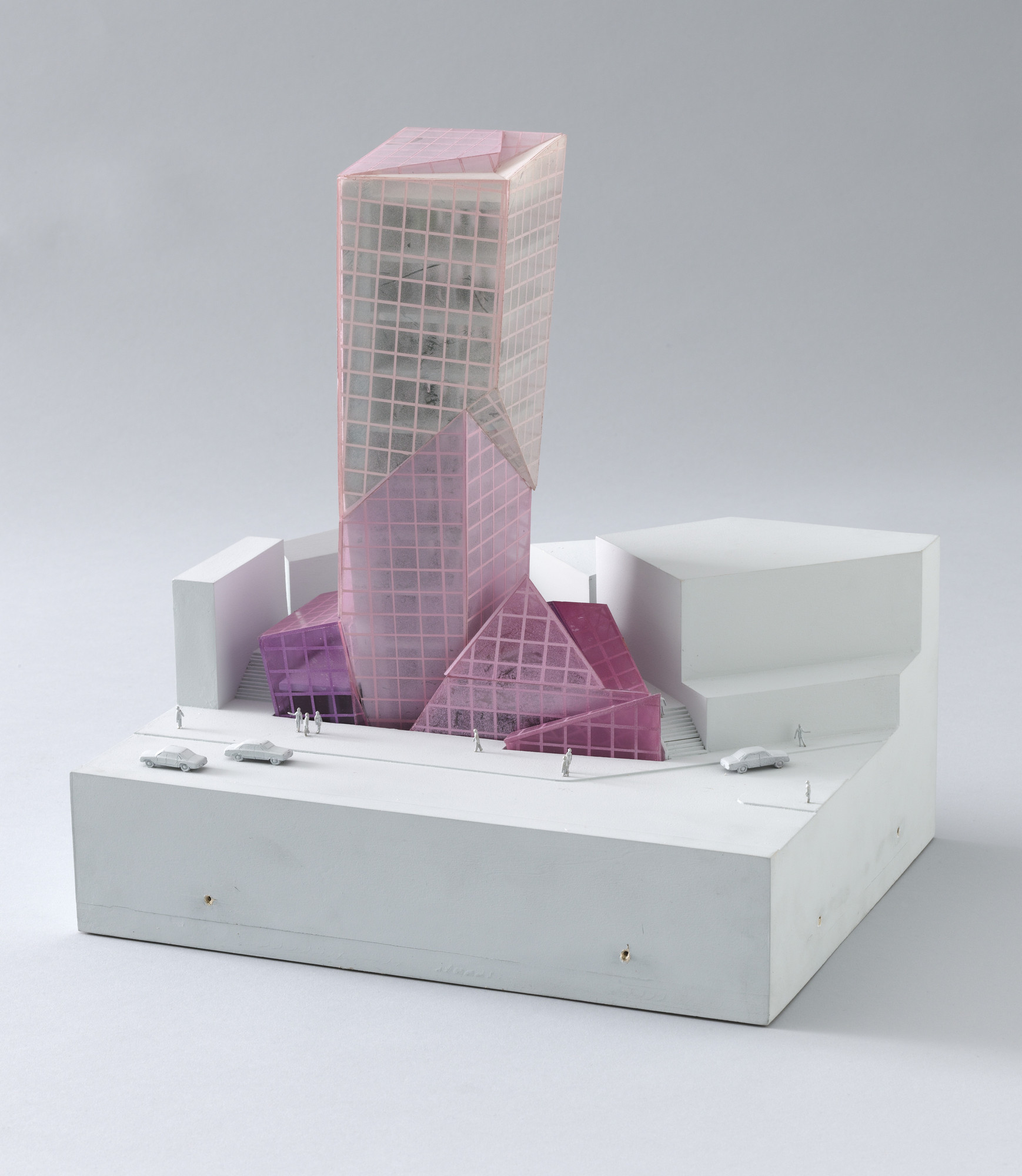 Eisenman Architects, New York, Peter Eisenman, Richard Rosson, Mark Wamble, Gregory Merryweather, Nazli Gononsay. Alteka Office Building Project, Tokyo, Japan. 1991