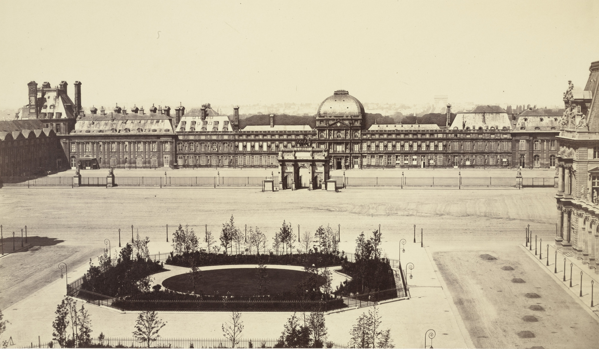 Louis-Auguste Bisson, Auguste-Rosalie Bisson. Arc du Carrousel and the Palais des Tuillreies. c. 1855