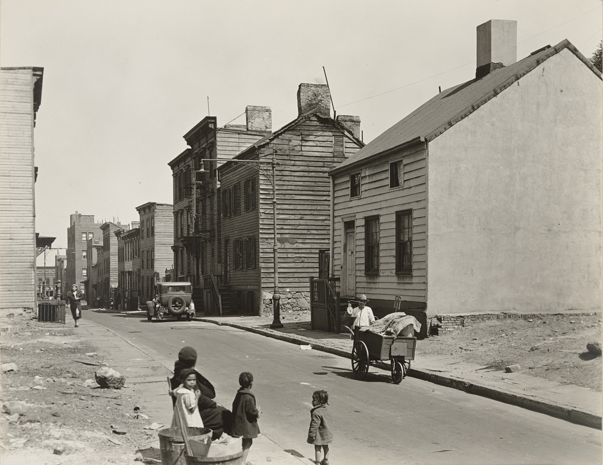 Berenice Abbott. Talman Street between Jay and Bridge Streets, Brooklyn. May 22, 1936