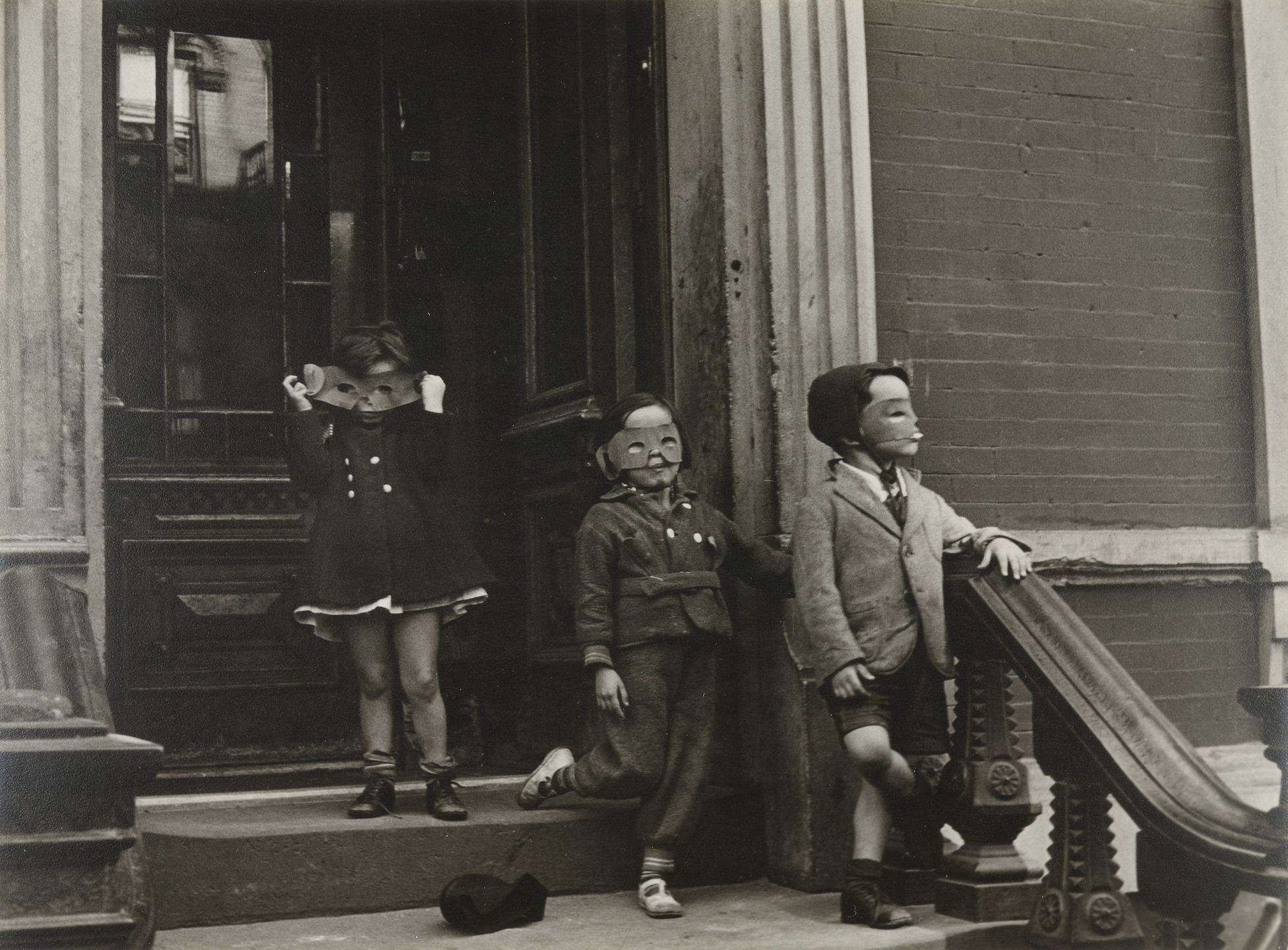 Helen Levitt. New York. 1940