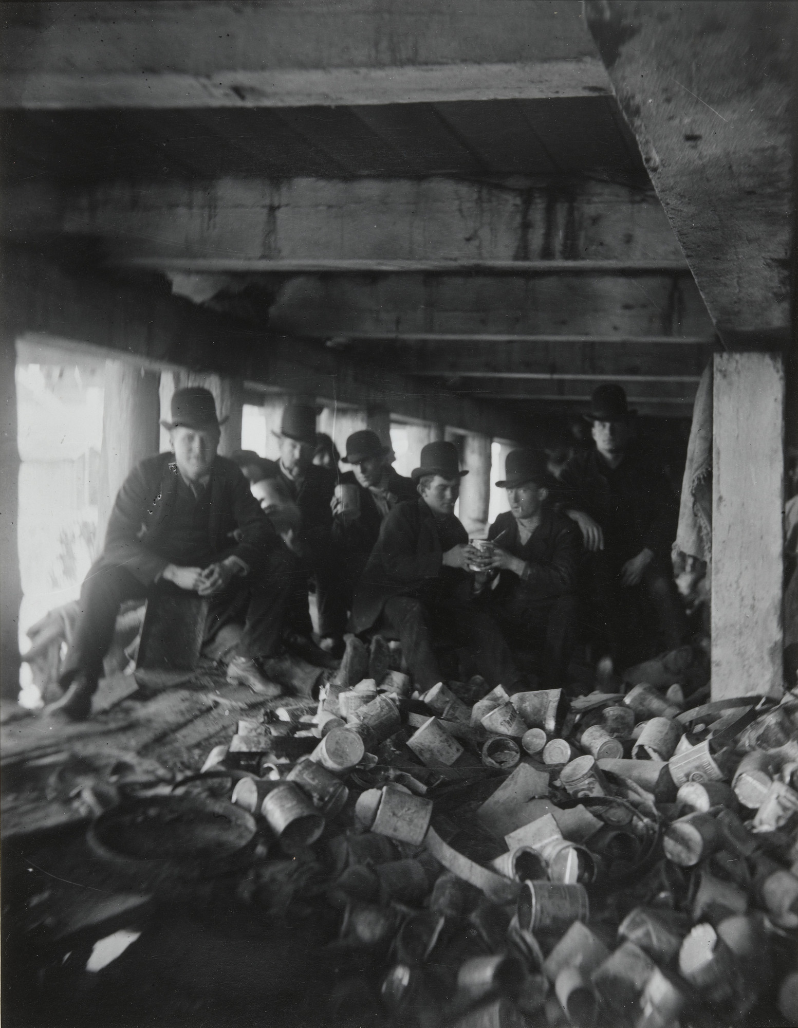Jacob August Riis. The Short Tail Gang. Corlears Hook under the Pier at the foot of Jackson Street. 1889