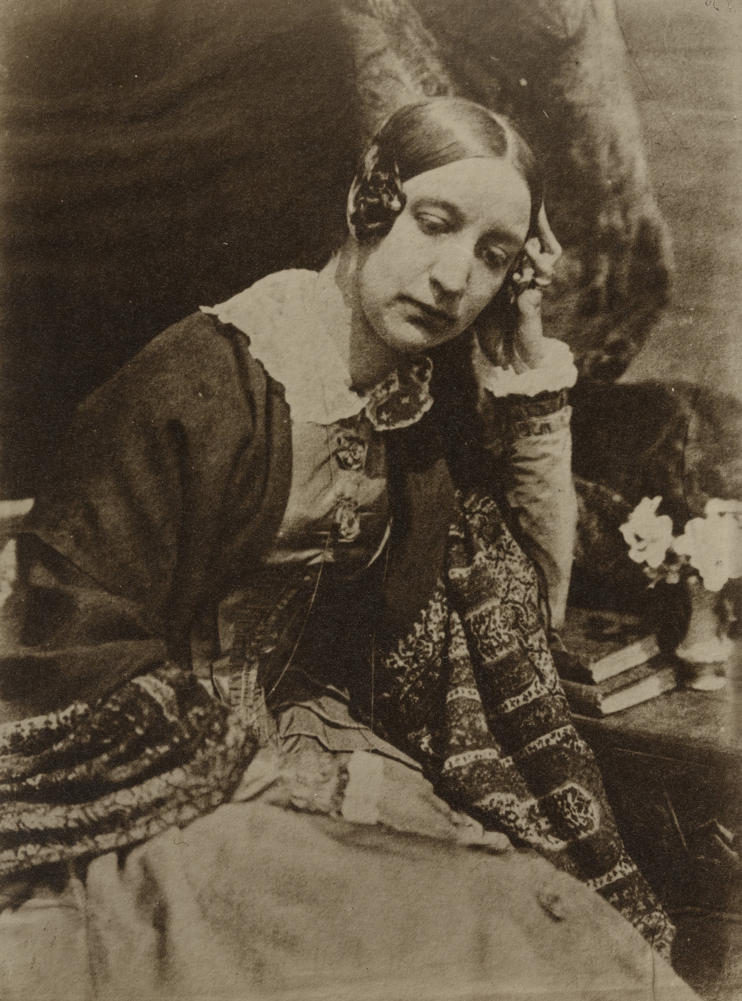 David Octavius Hill, Robert Adamson. Lady Elizabeth Eastlake. c. 1844