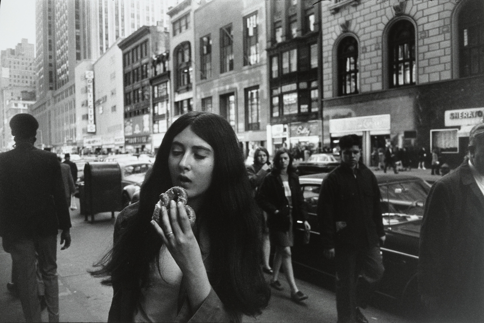 Garry Winogrand. New York from Women are Beautiful. 1968