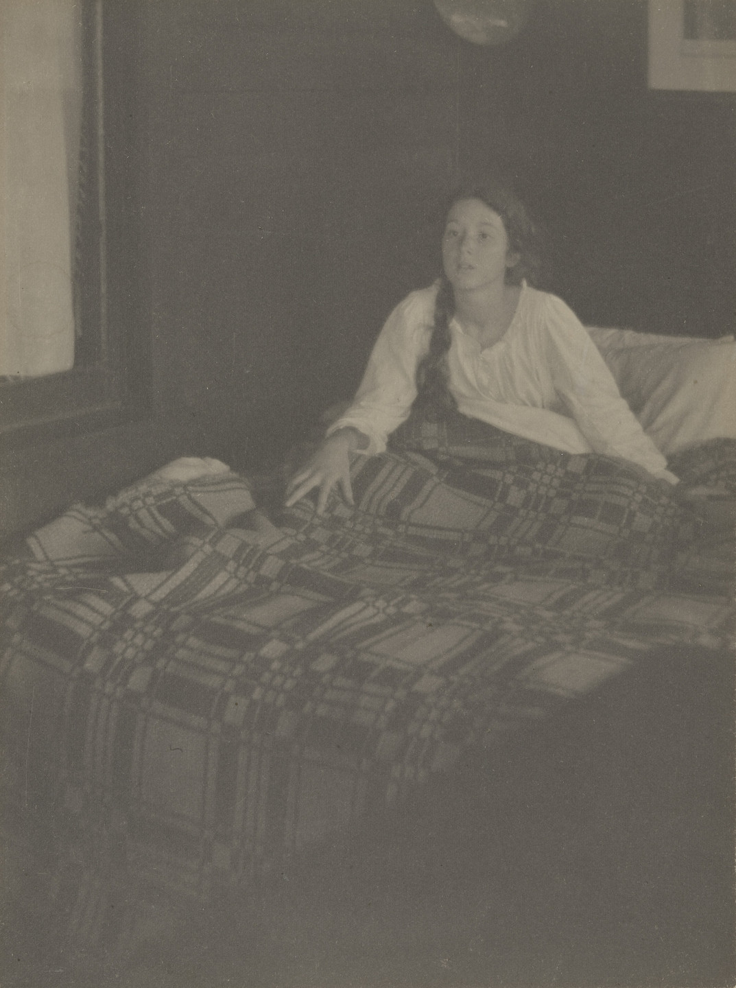 Clarence H. White. Morning - The Coverlet. 1906