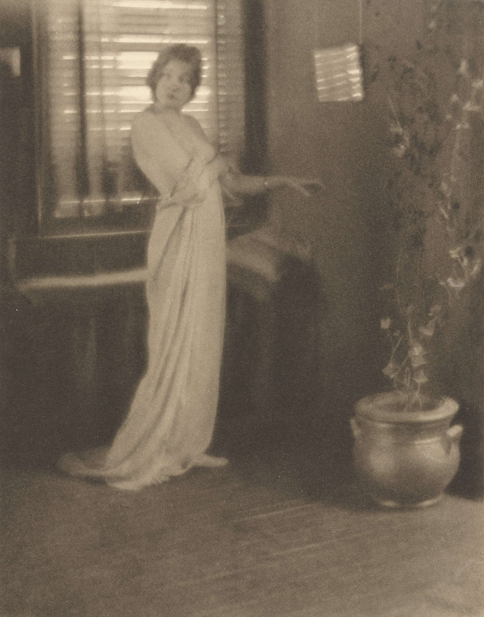 Clarence H. White. Untitled. c. 1919