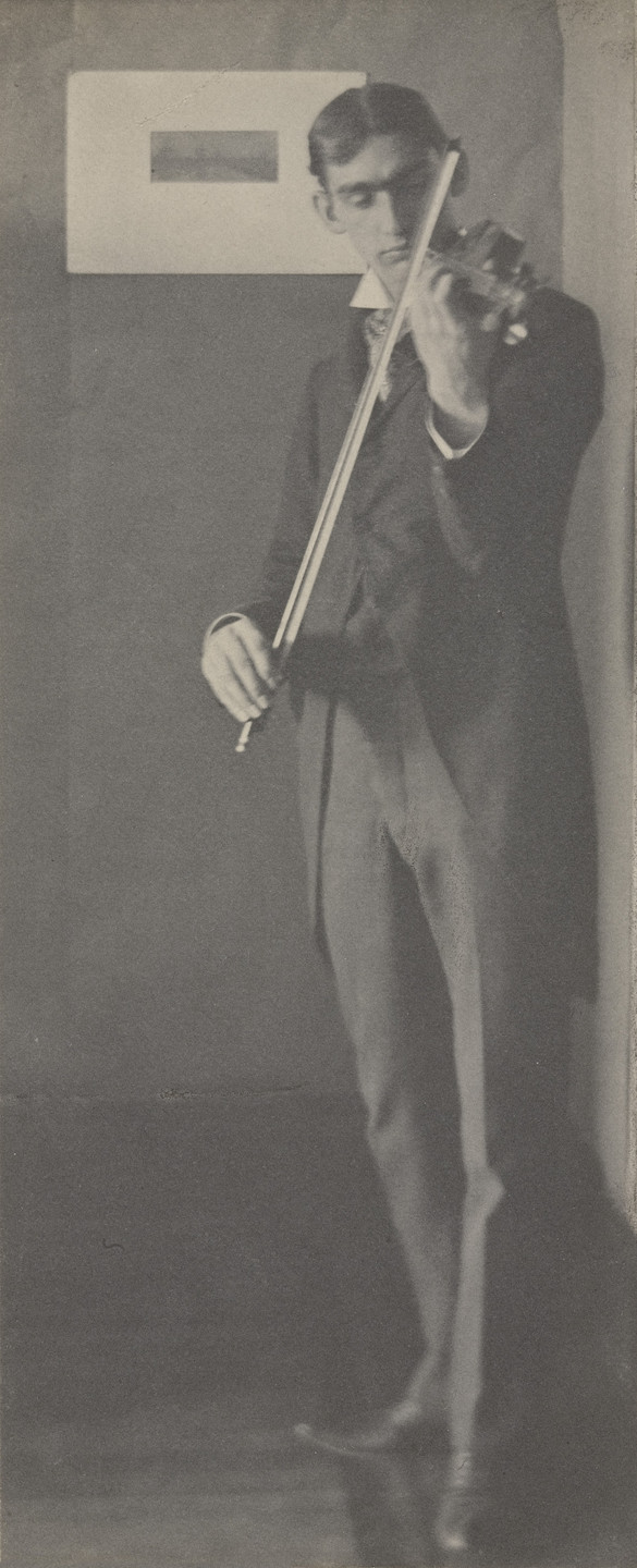Clarence H. White. The Violinist. 1897