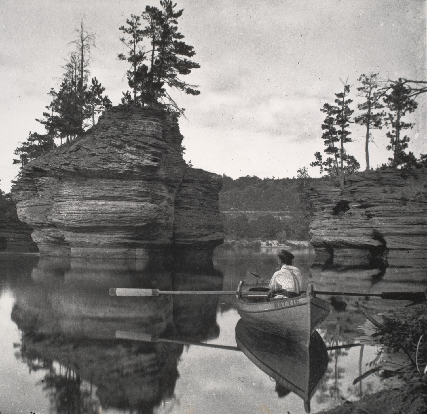 Henry Hamilton Bennett. Sugar Bowl with Row Boat, Wisconsin Dells. c. 1889