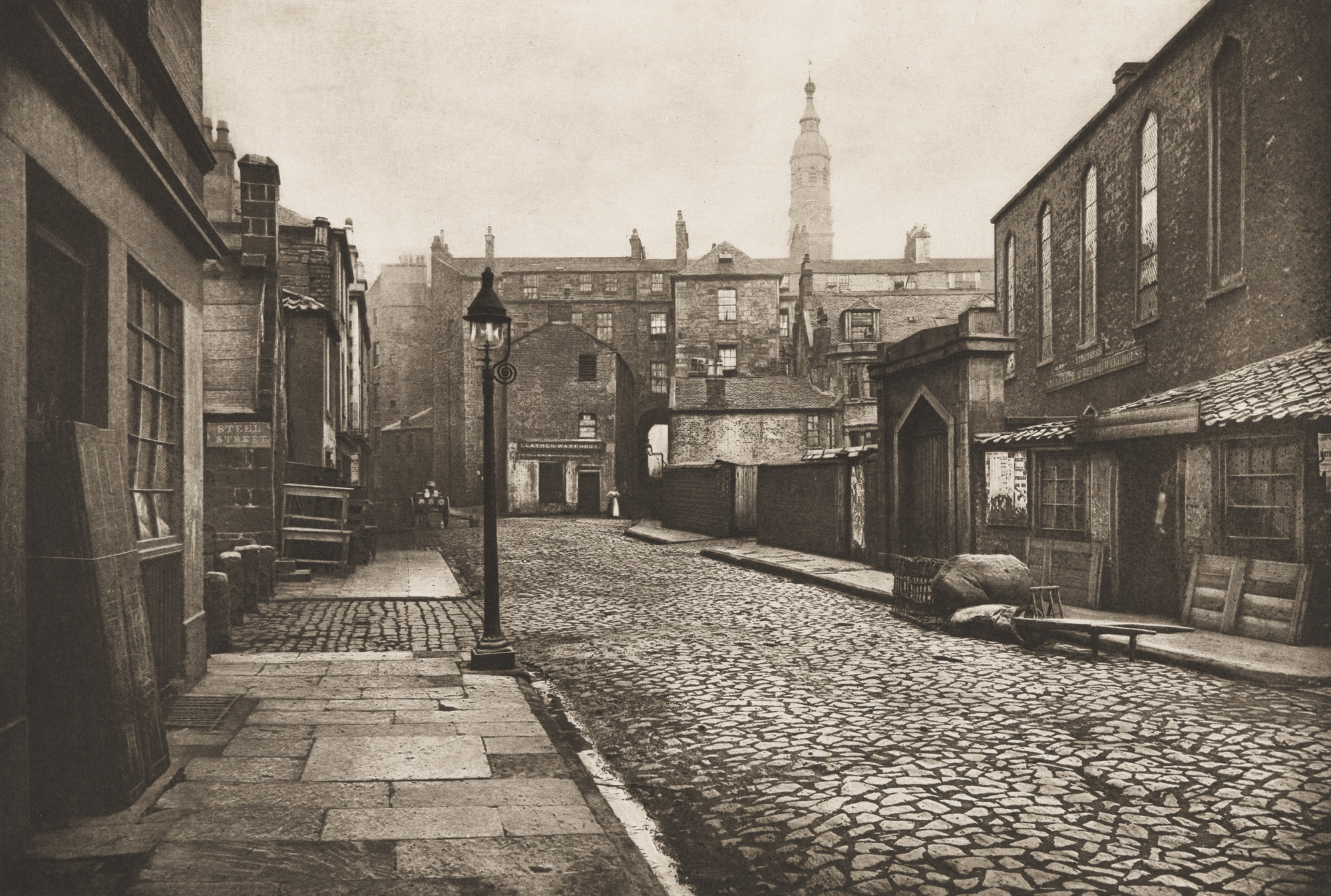 Thomas Annan. Low Green Street. 1868