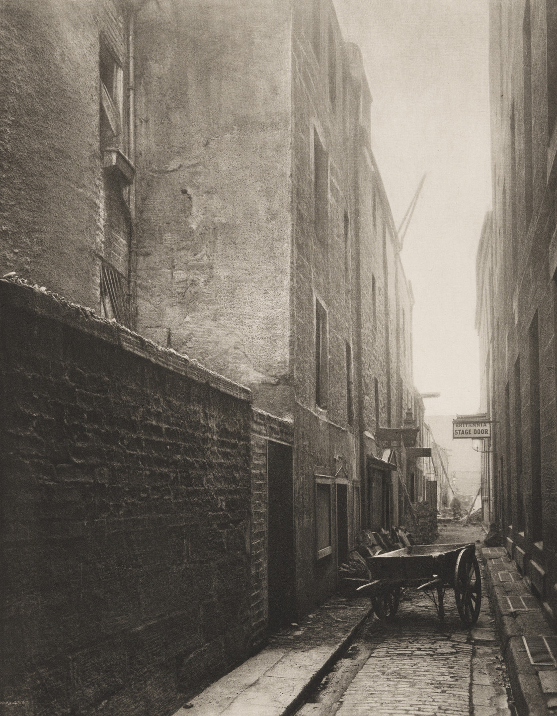 Thomas Annan. Back Wynd from Trongate. 1899