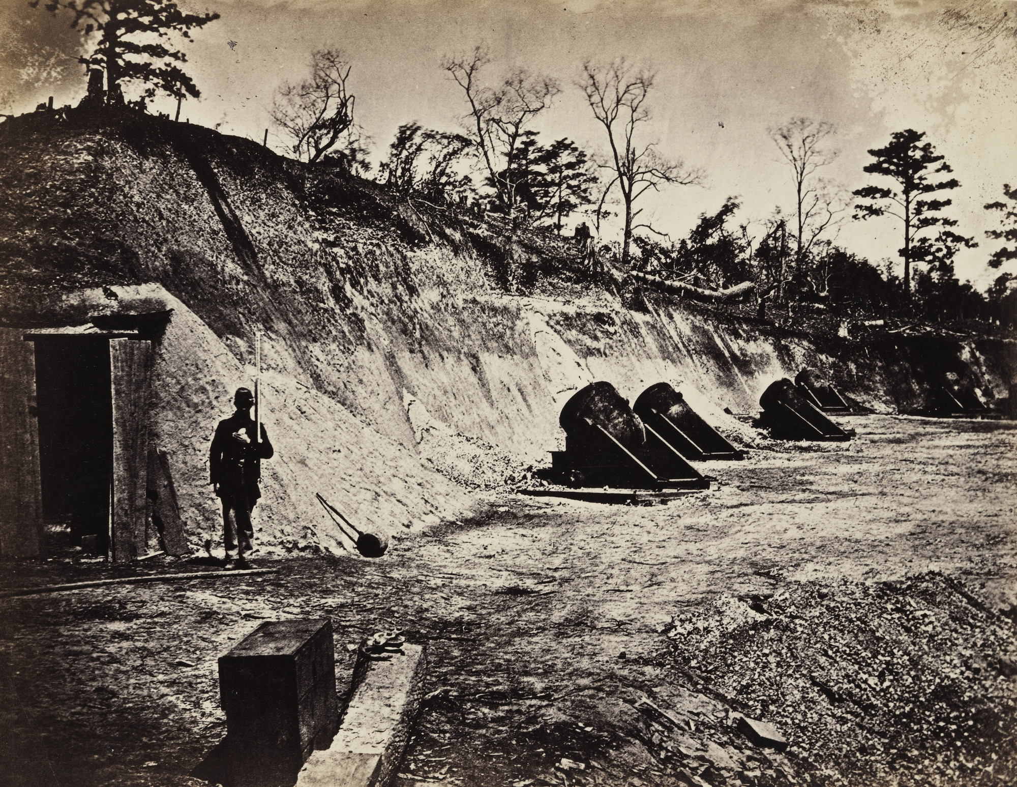Alexander Gardner. Battery No 4, near Yorktown, Virginia. May, 1862