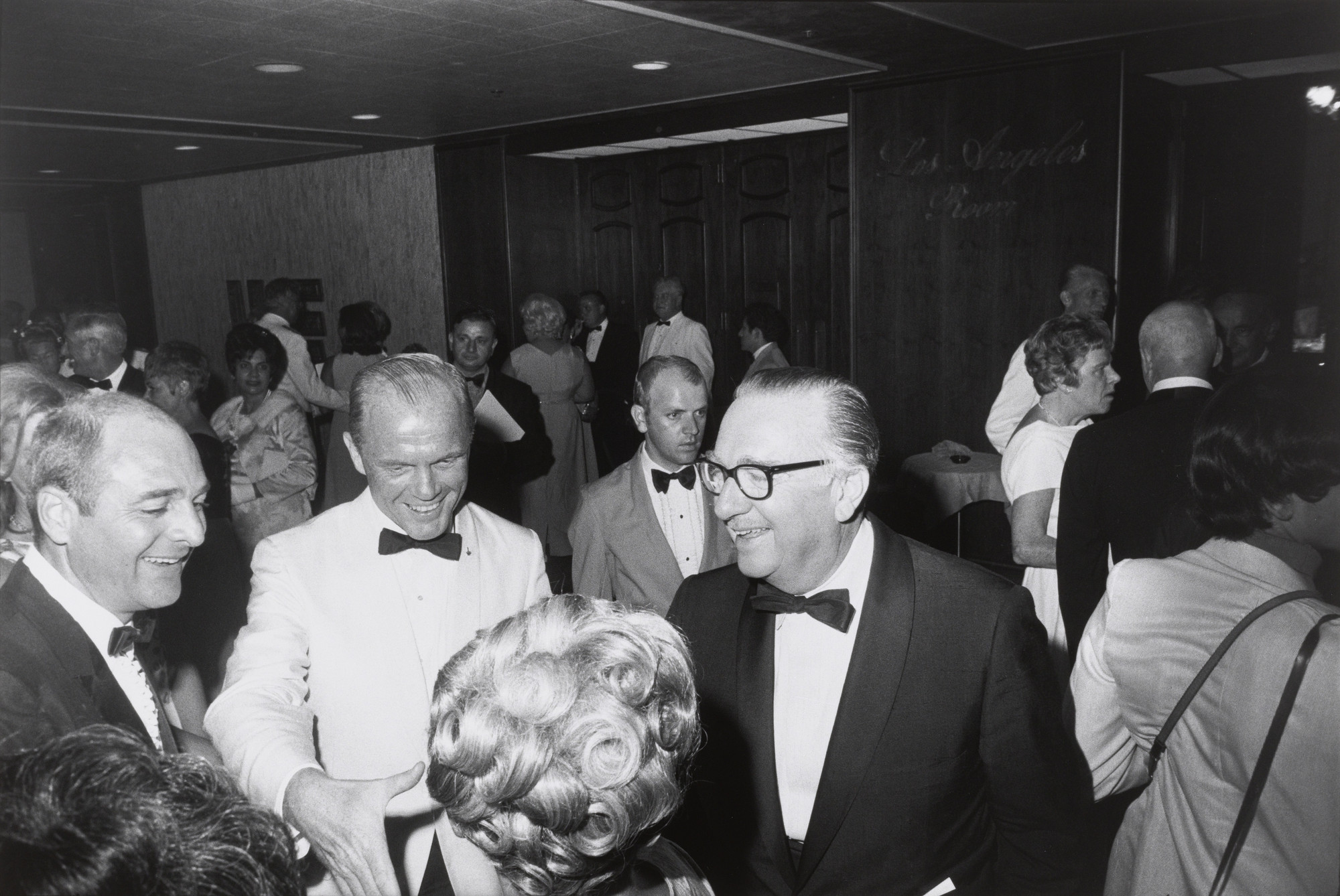 Garry Winogrand. John Glenn and Walter Cronkite, State Dinner for the Apollo XI Astronauts, Century Plaza Hotel, Los Angeles from the portfolio Big Shots. 1969