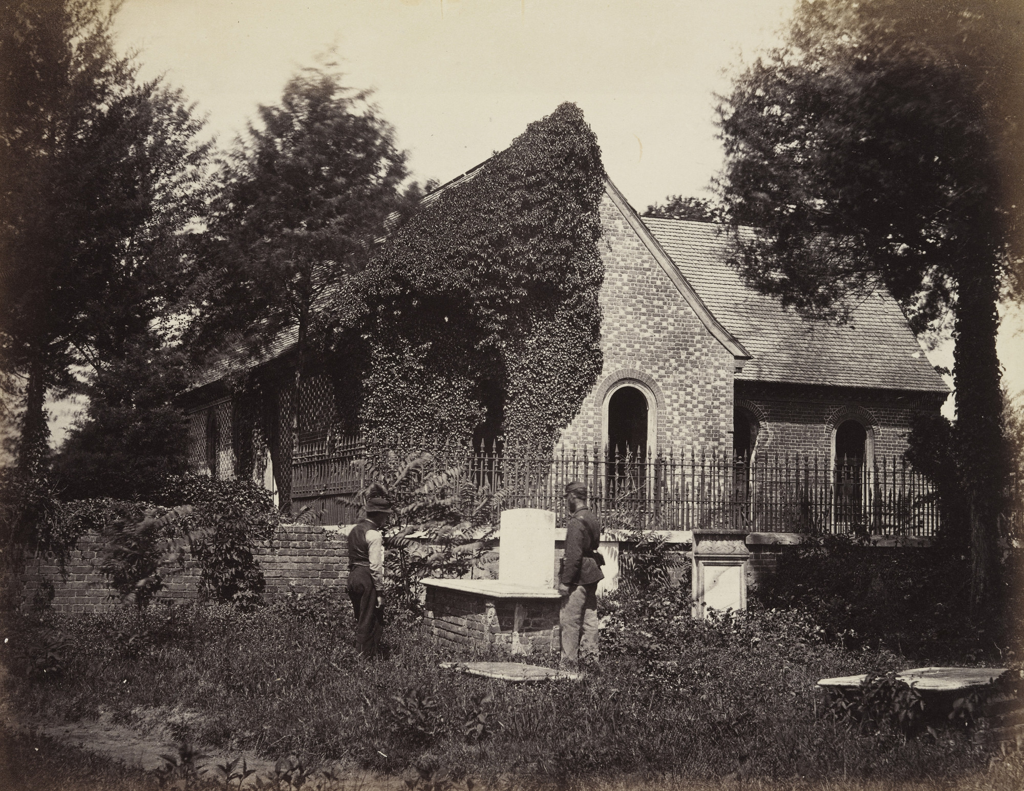 Alexander Gardner, Timothy O'Sullivan. Blandford Church, Petersburg, Virginia. April, 1865