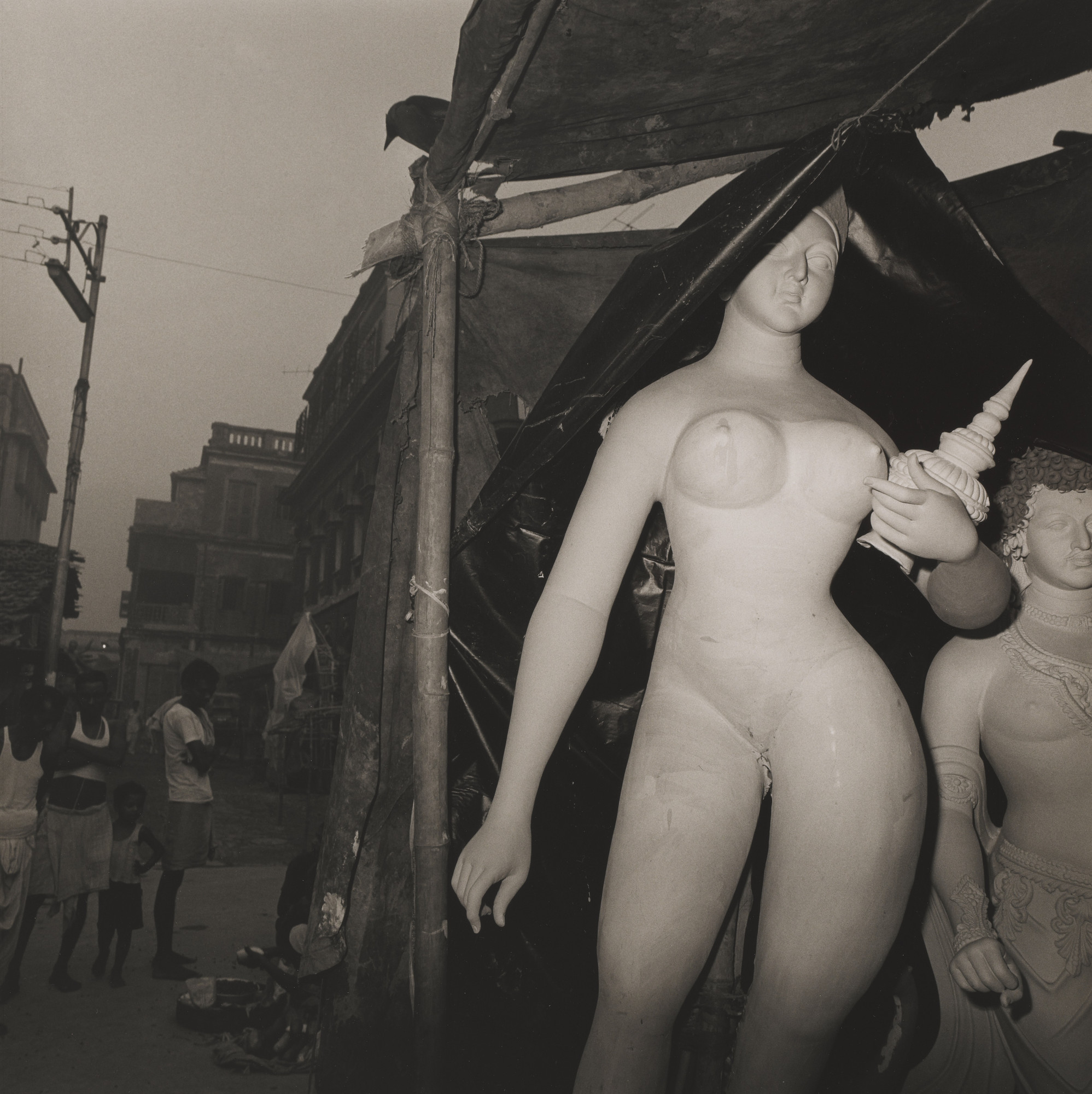 Rosalind Fox Solomon. Untitled, Calcutta, India. 1982