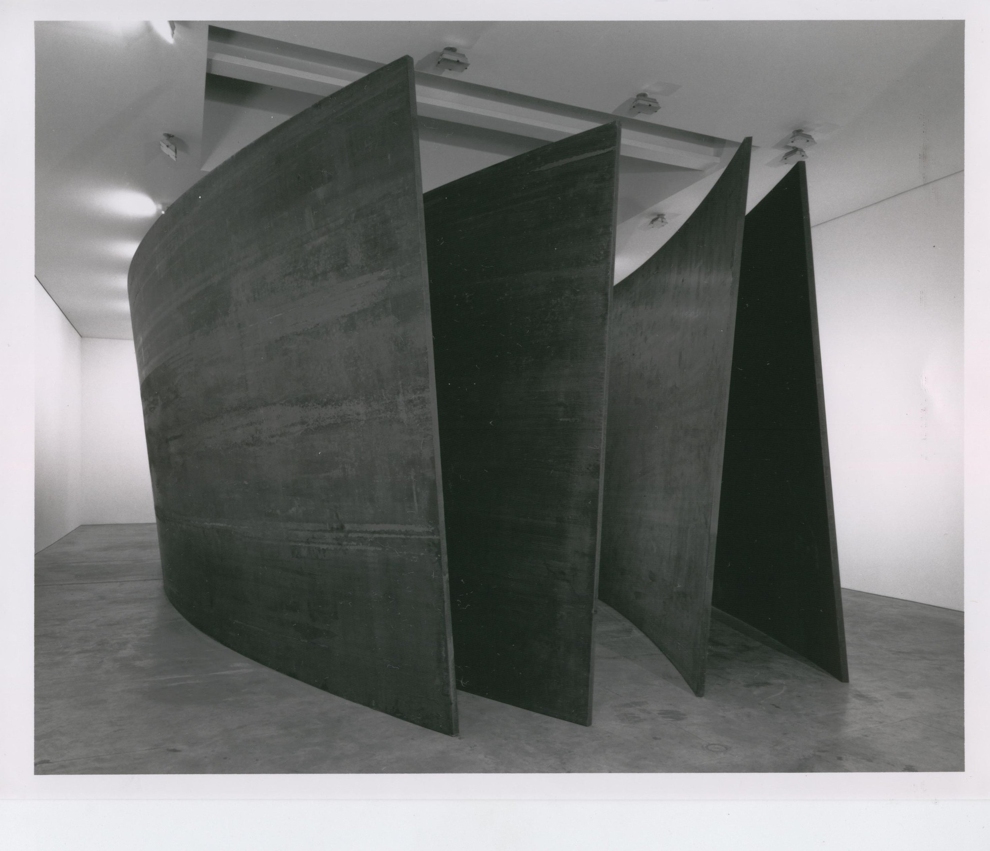 Richard Serra. Intersection II. 1992-93