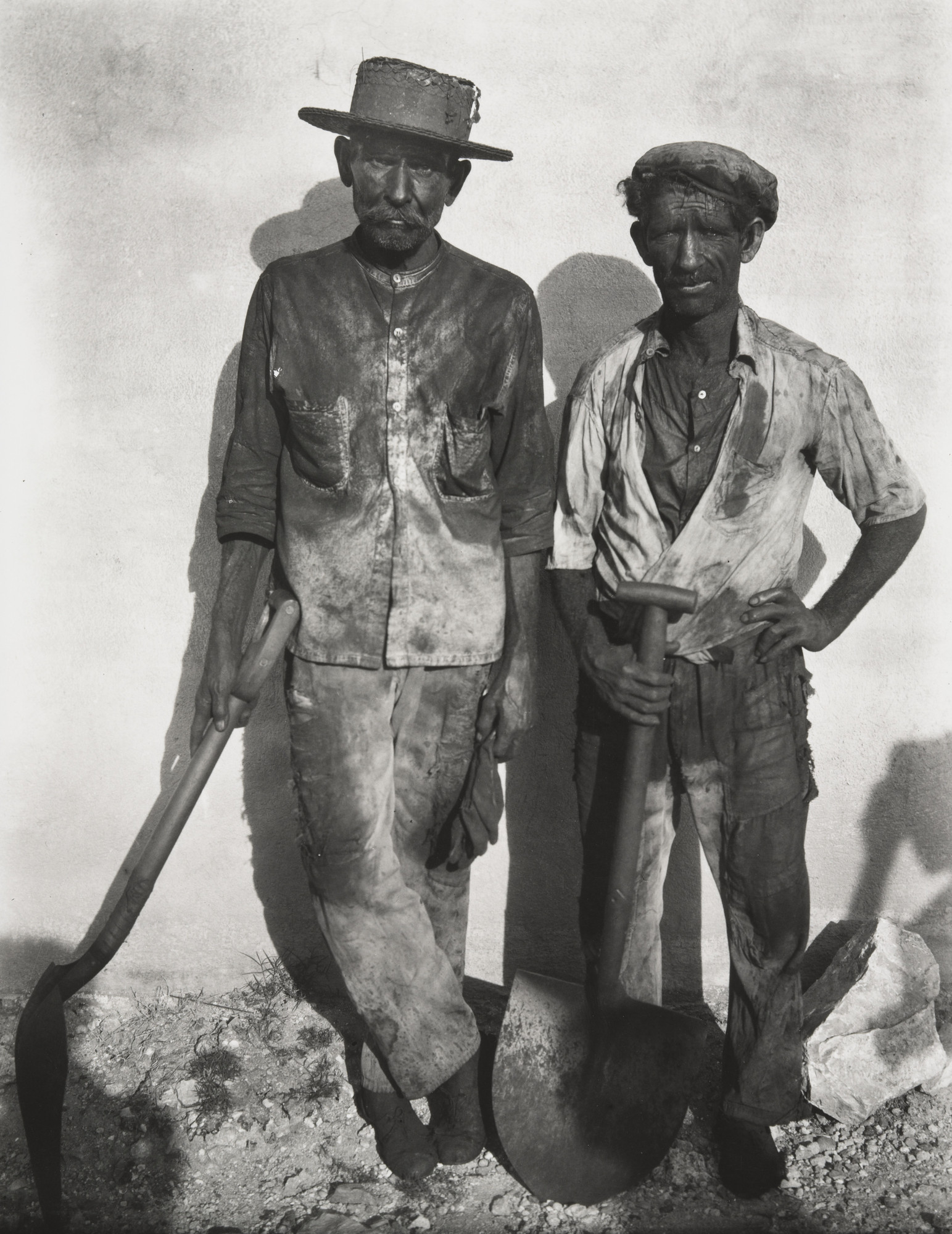 Walker Evans. Dock Workers, Havana. 1932