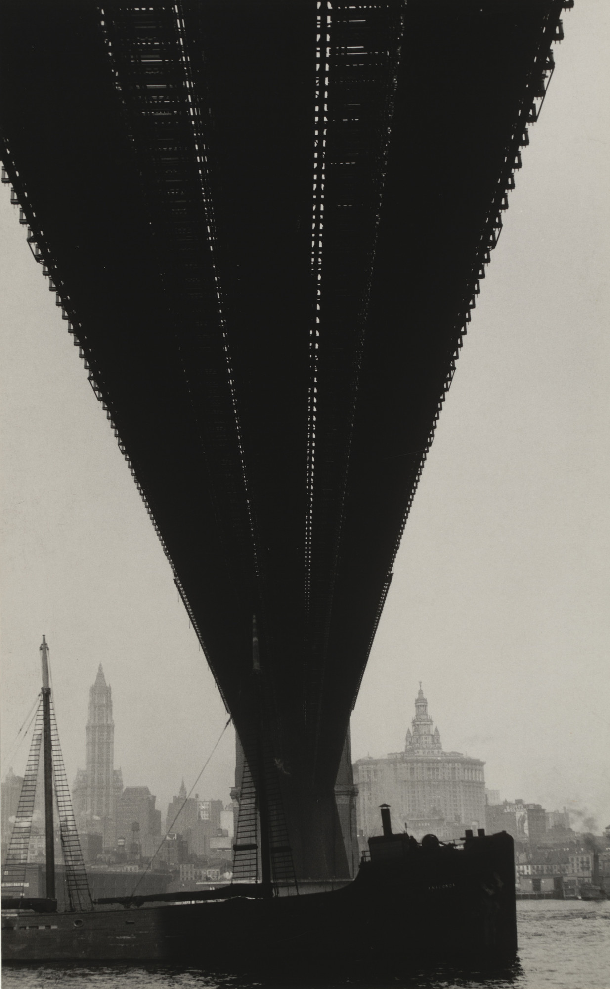 Walker Evans. Brooklyn Bridge, New York. 1929