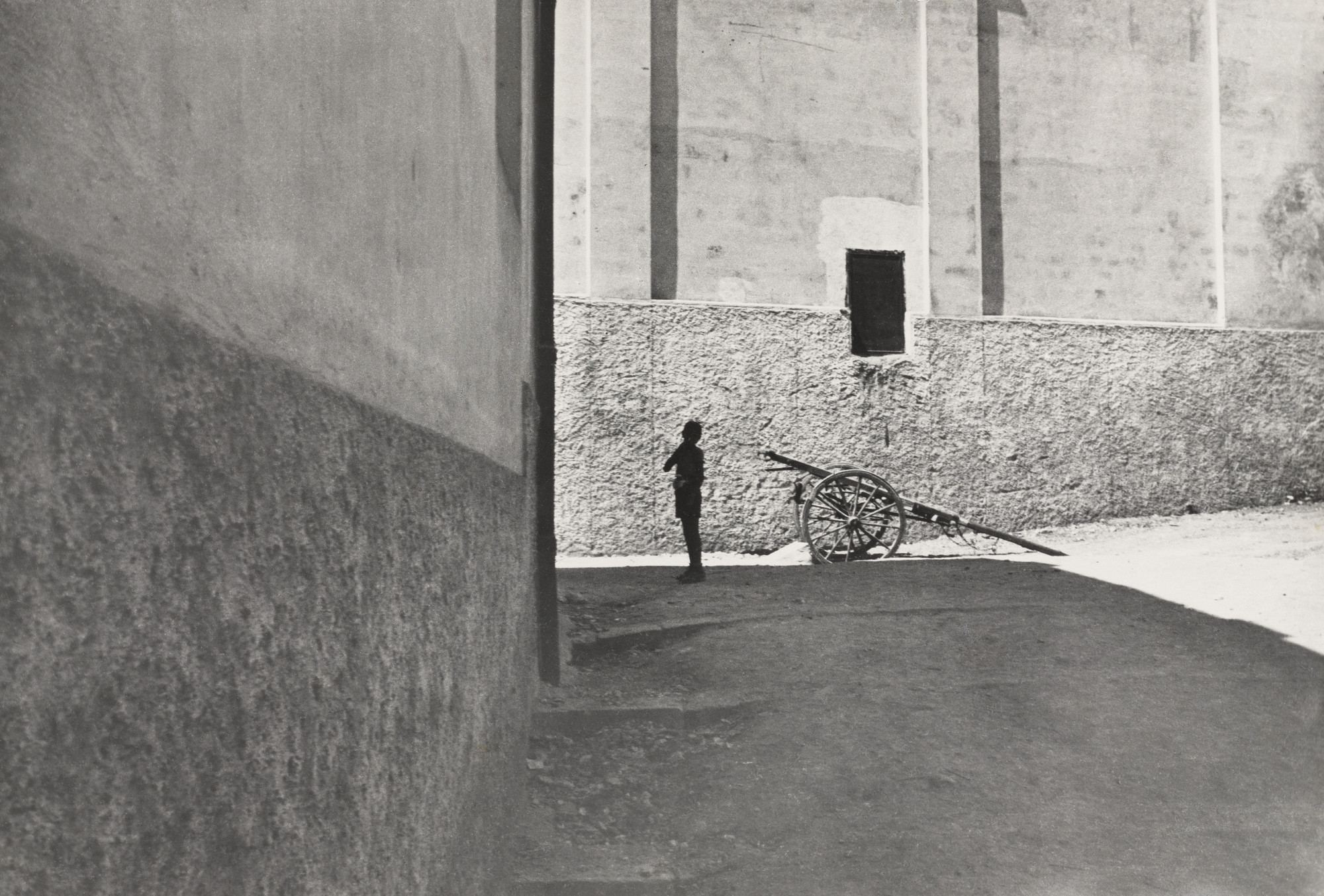 Henri Cartier-Bresson. Salerno, Italy. 1933 | MoMA