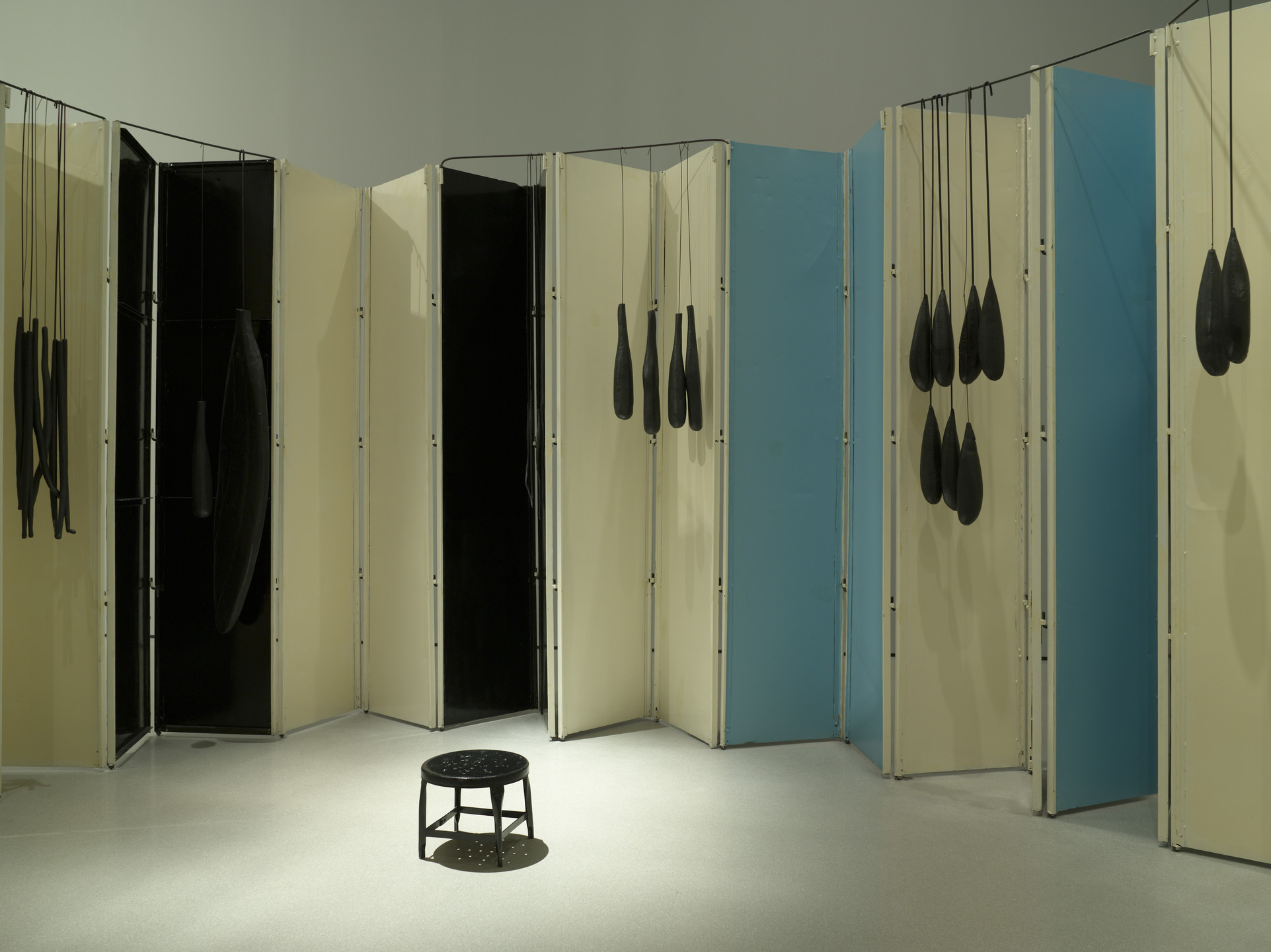 Louise Bourgeois. Articulated Lair. 1986