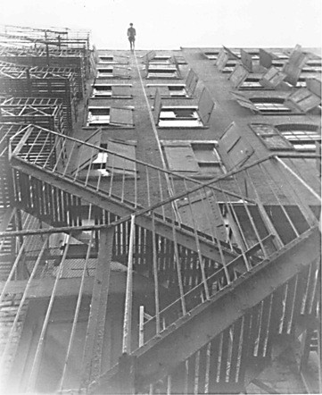 Trisha Brown. Man Walking Down the Side of a Building. 1970