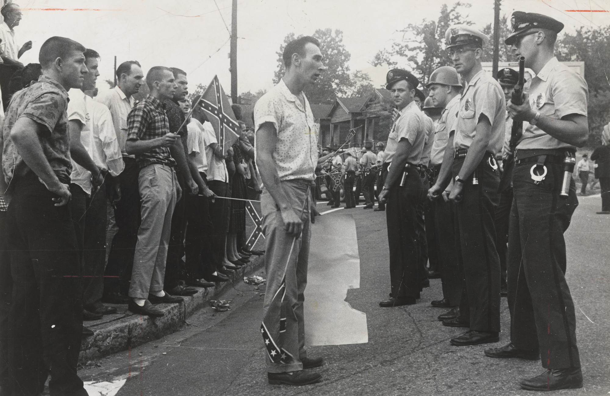"Associated Press. ""Anti-Integration Demonstrators in Birmingham"". September 4, 1963"
