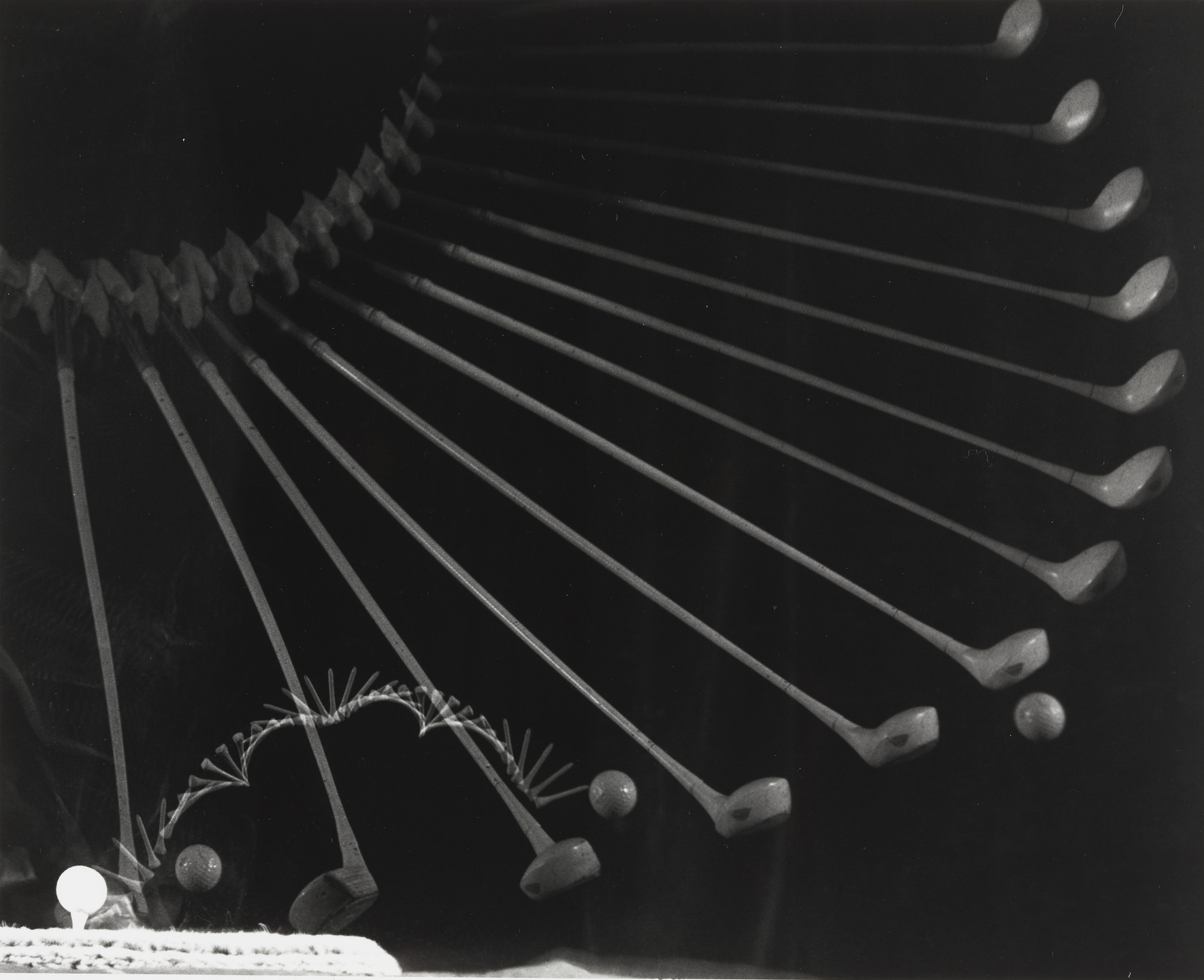 Harold Eugene Edgerton. Gold Swing. 1938