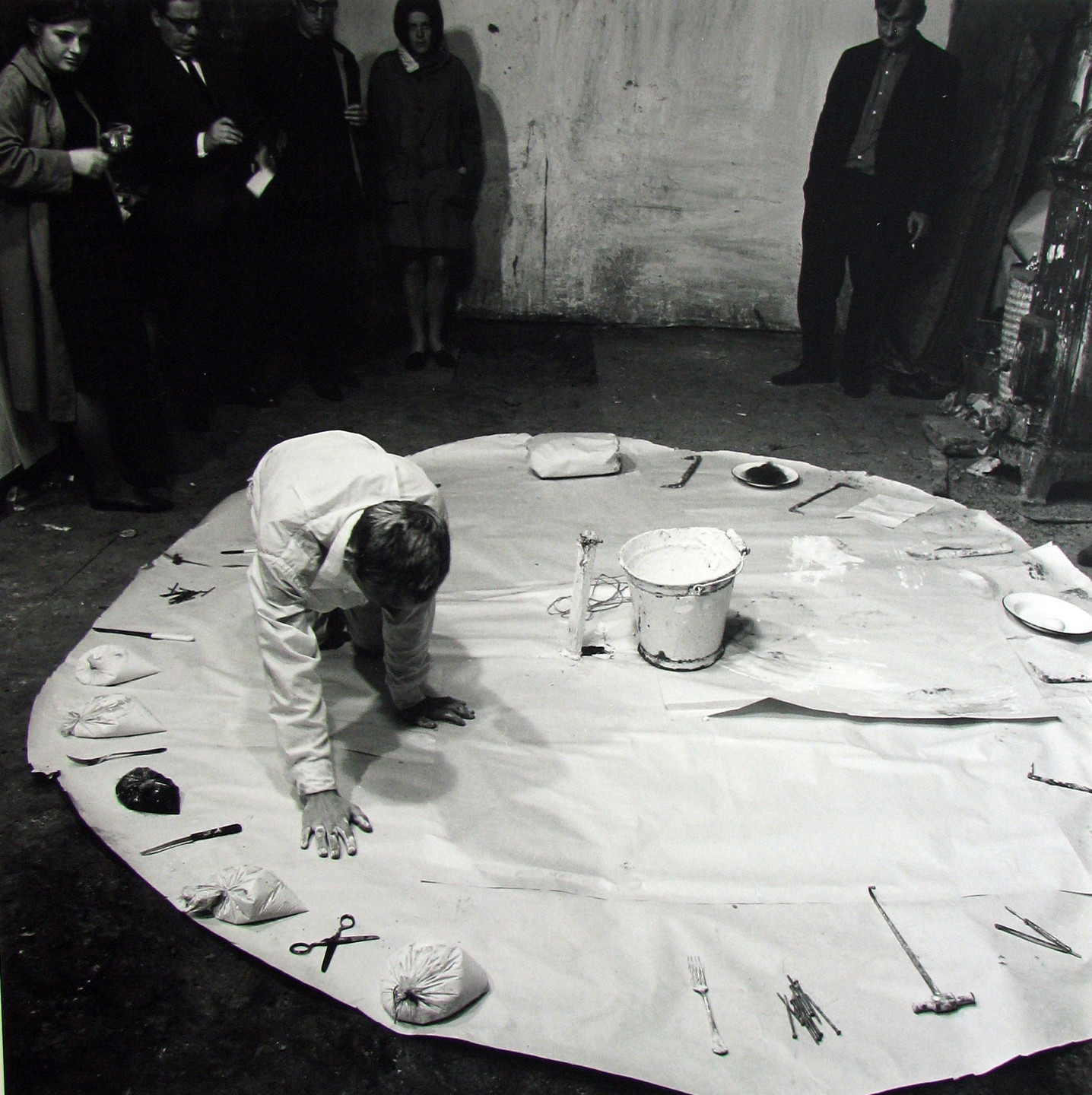 Günter Brus. Aktion in einem Kreis, Action in a Circle. 1966