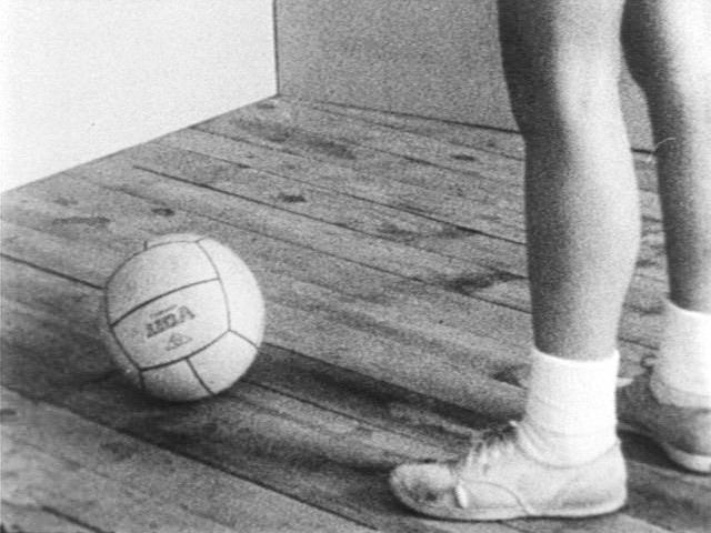 Yvonne Rainer. Volleyball (Foot Film). 1967