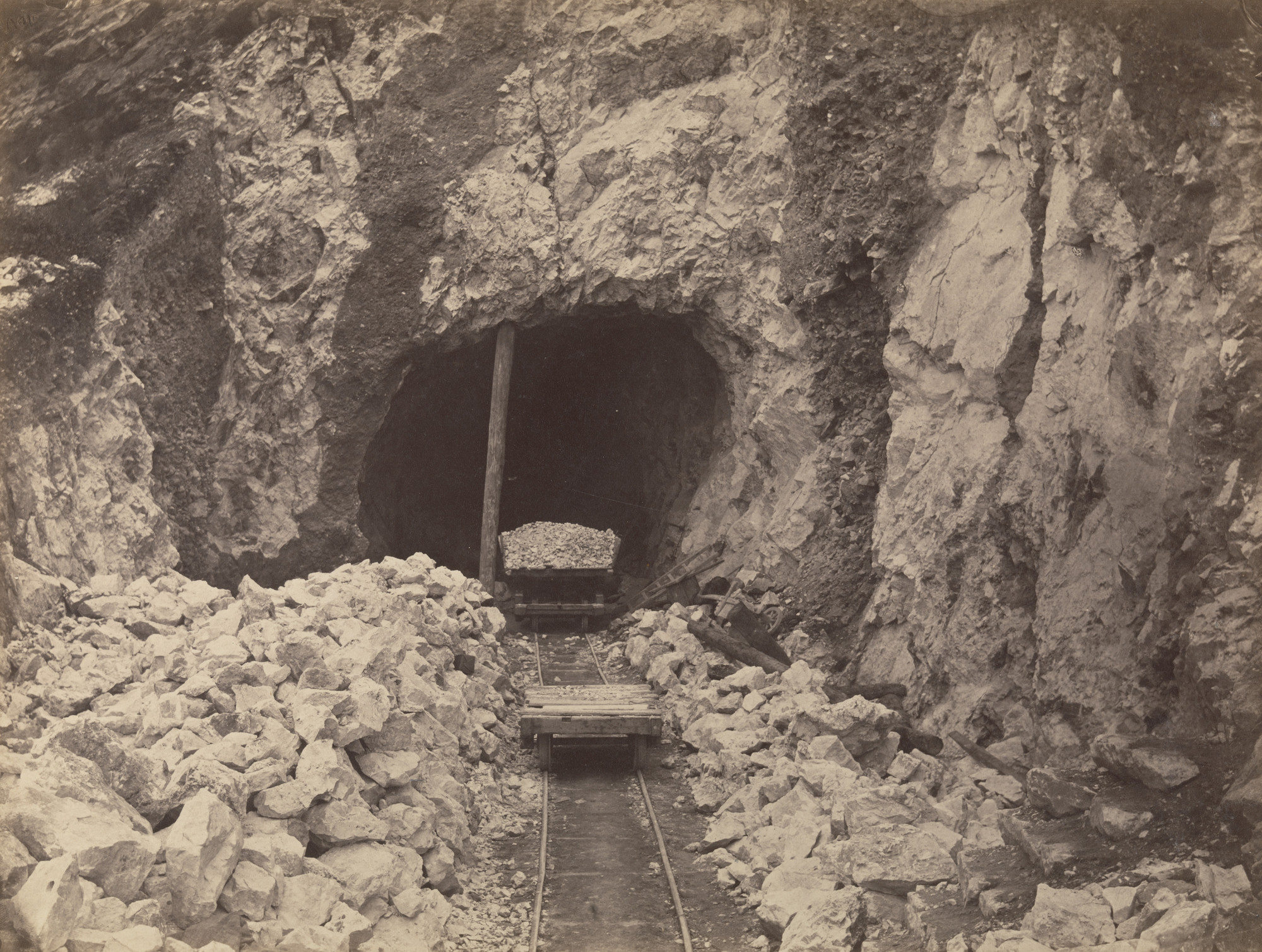 Unknown photographer. Tunnel de Bonvoyage. 1866-69