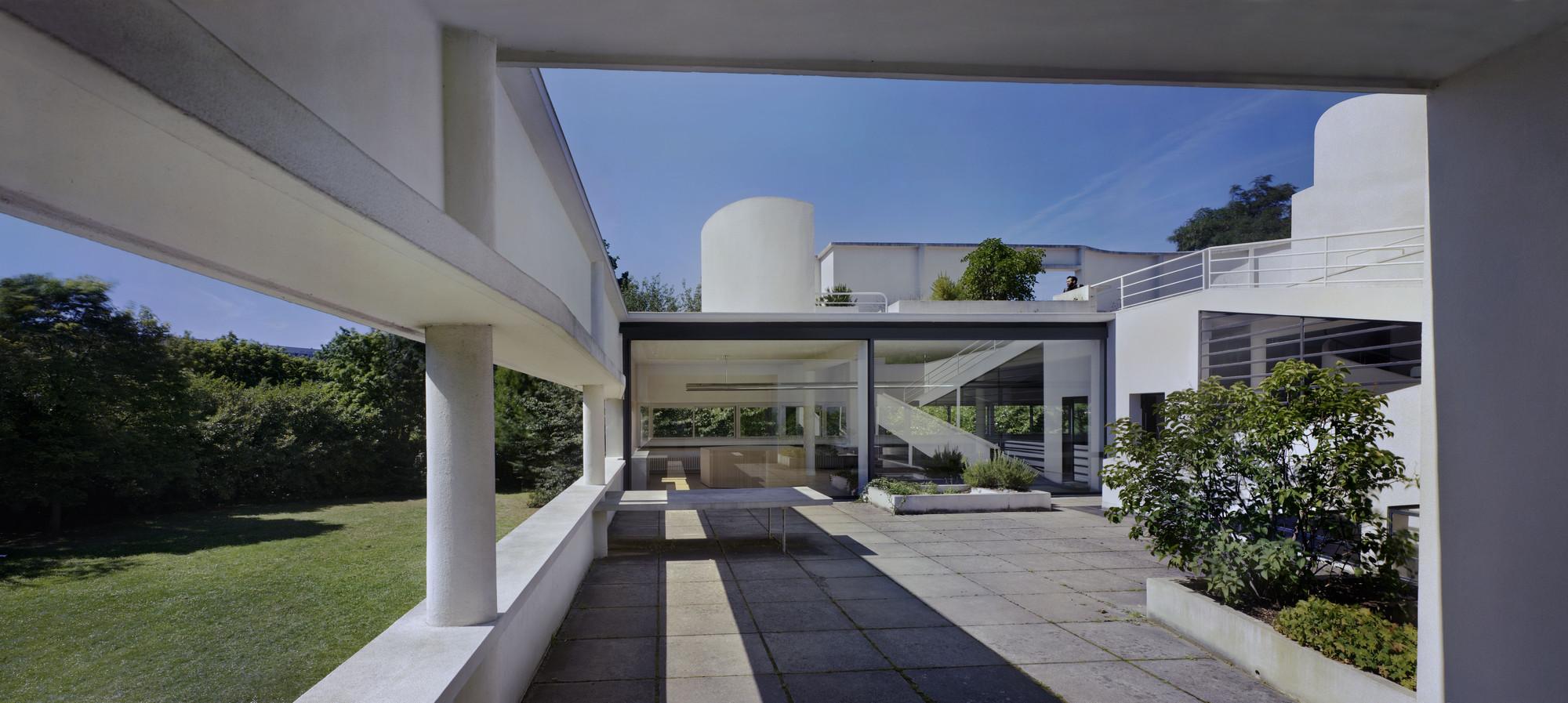 Richard Pare, Le Corbusier (Charles-Édouard Jeanneret). Villa Savoye ...