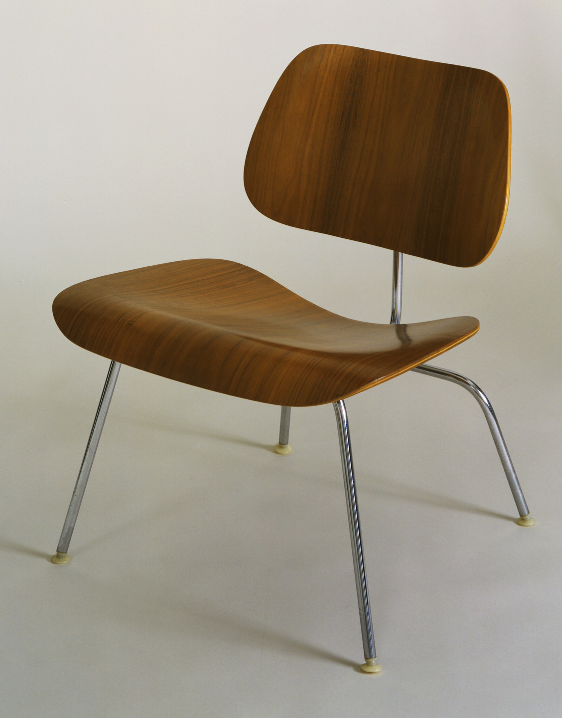 Charles Eames, Ray Eames. Low Side Chair (model LCM). 1946