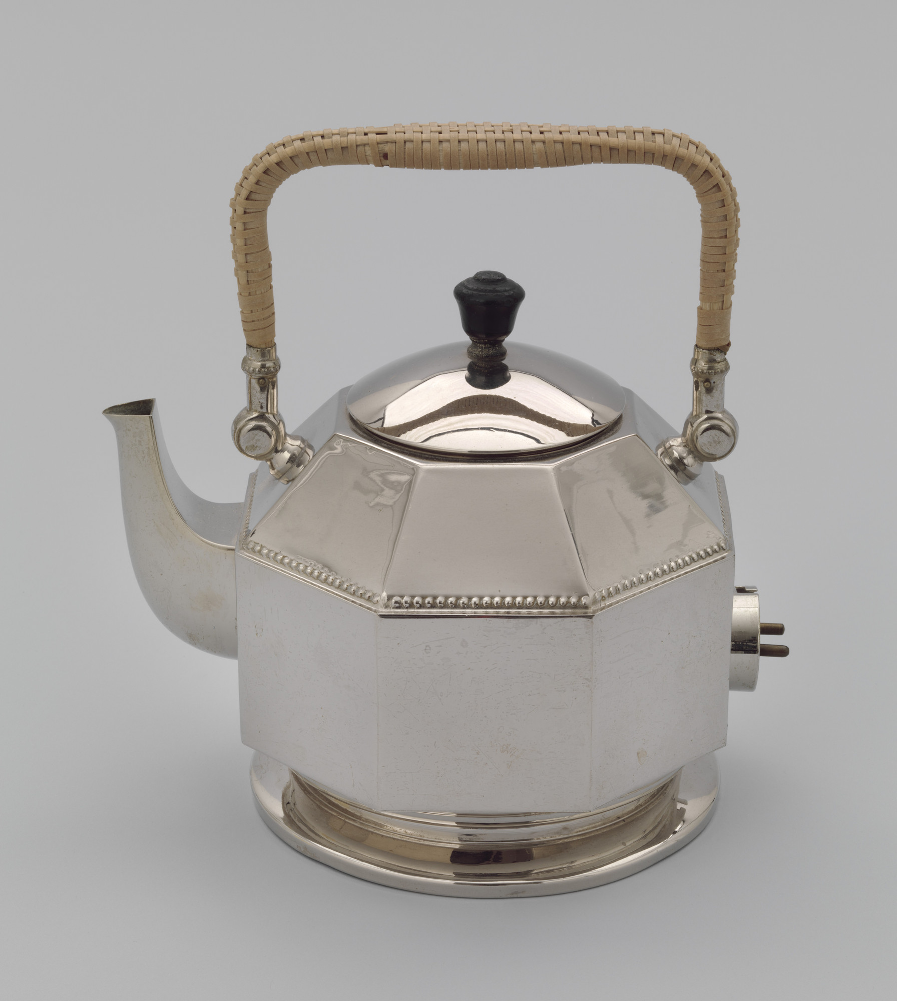 Peter Behrens. Electric Kettle. 1909