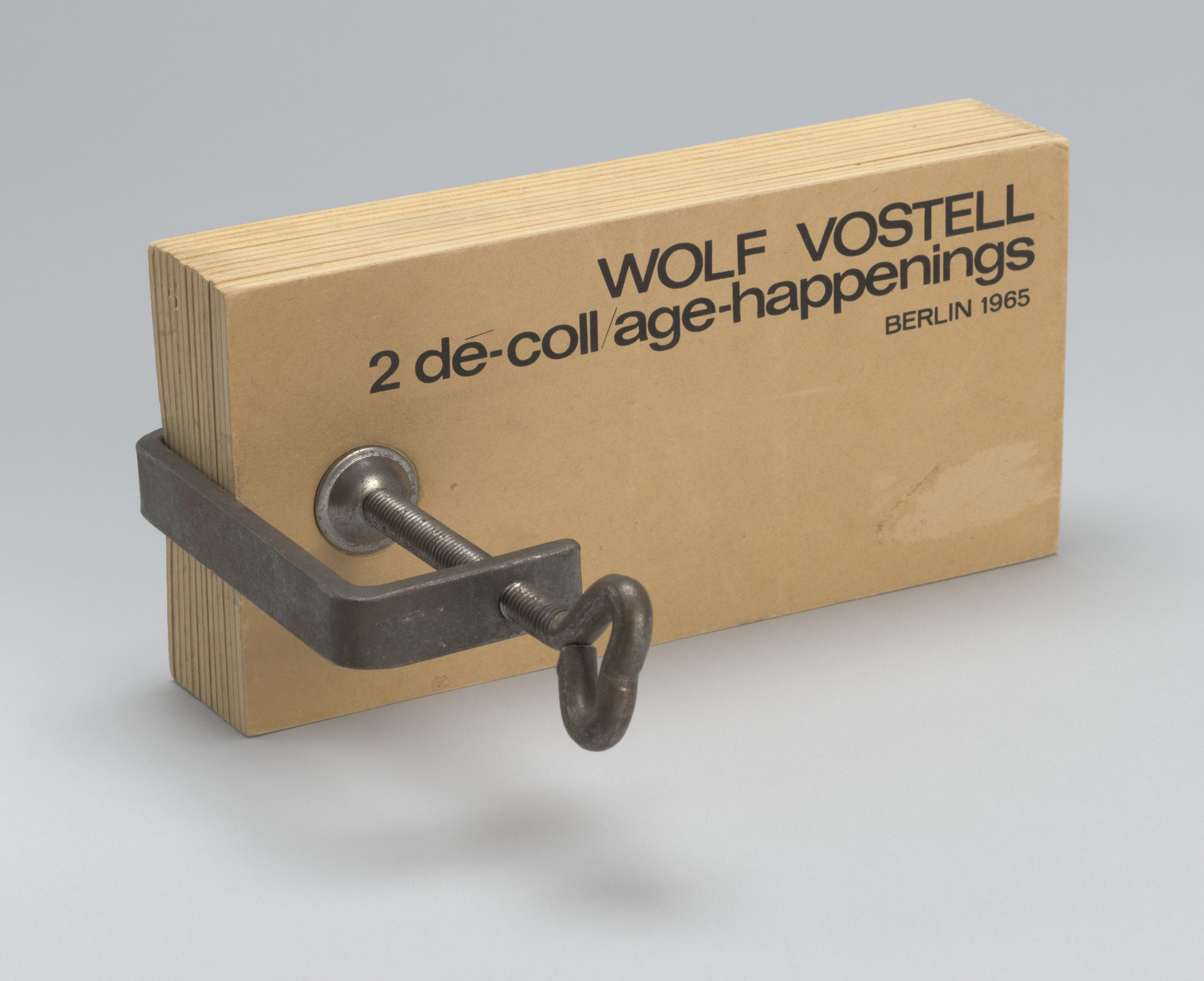 Wolf Vostell. 2 de-coll/age-happenings. 1965