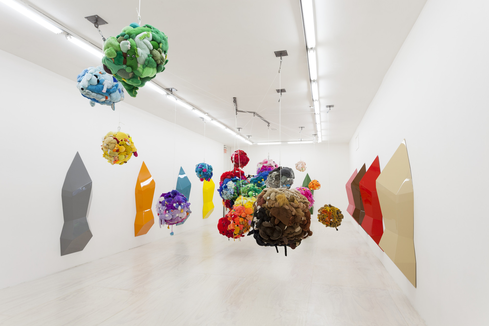 Mike Kelley. Deodorized Central Mass with Satellites. 1991/1999