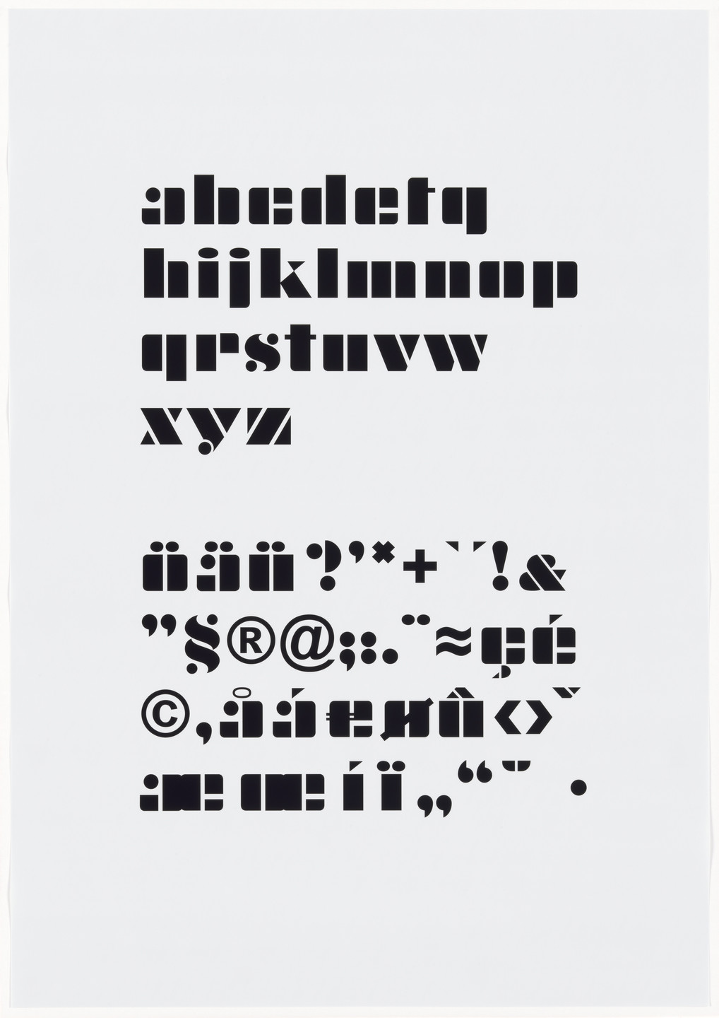 Dorit Margreiter. zentrum (typography). 2006