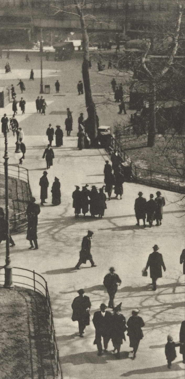 Paul Strand. City Hall Park, New York. 1915