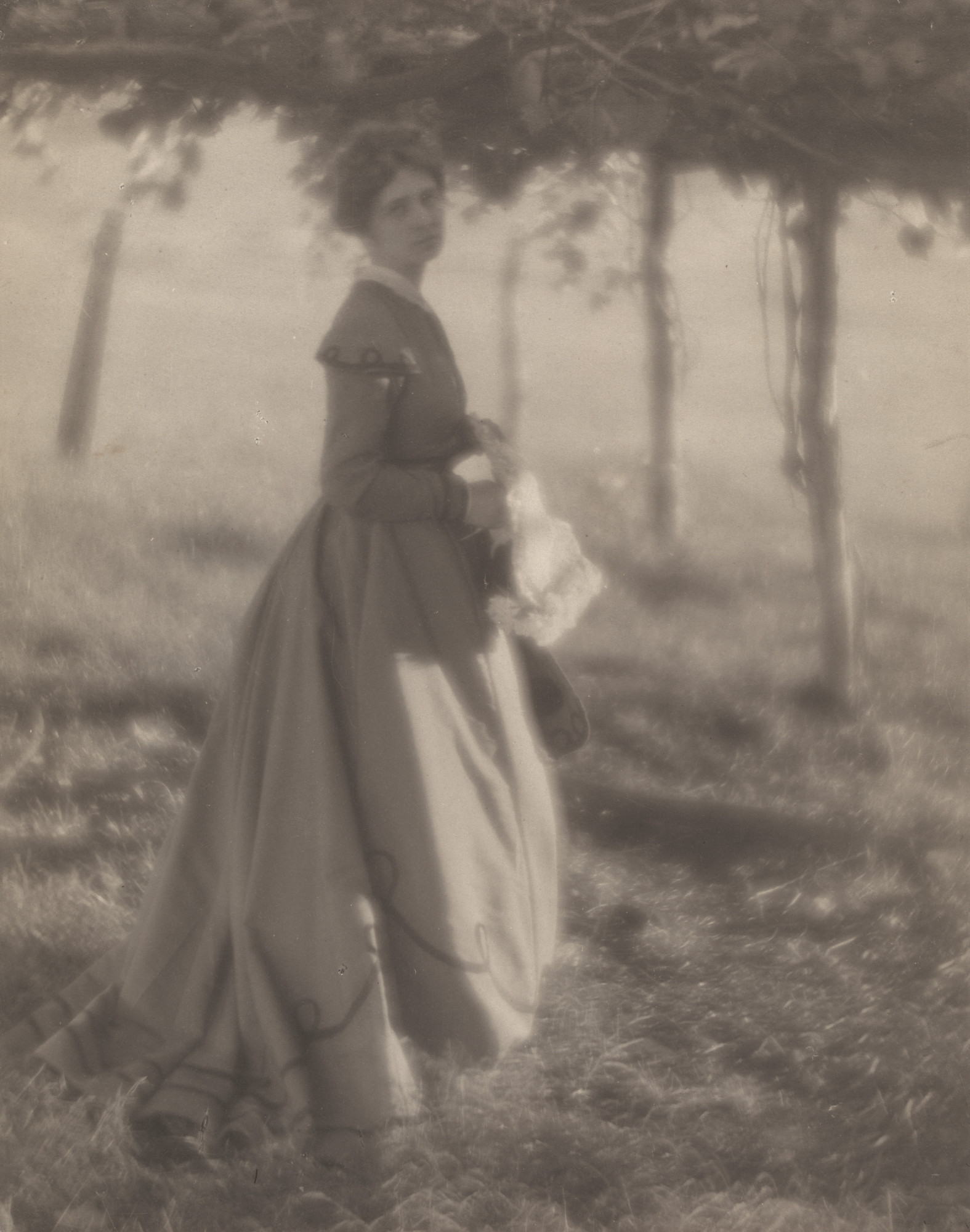 Clarence H. White. Under the Arbor. 1906