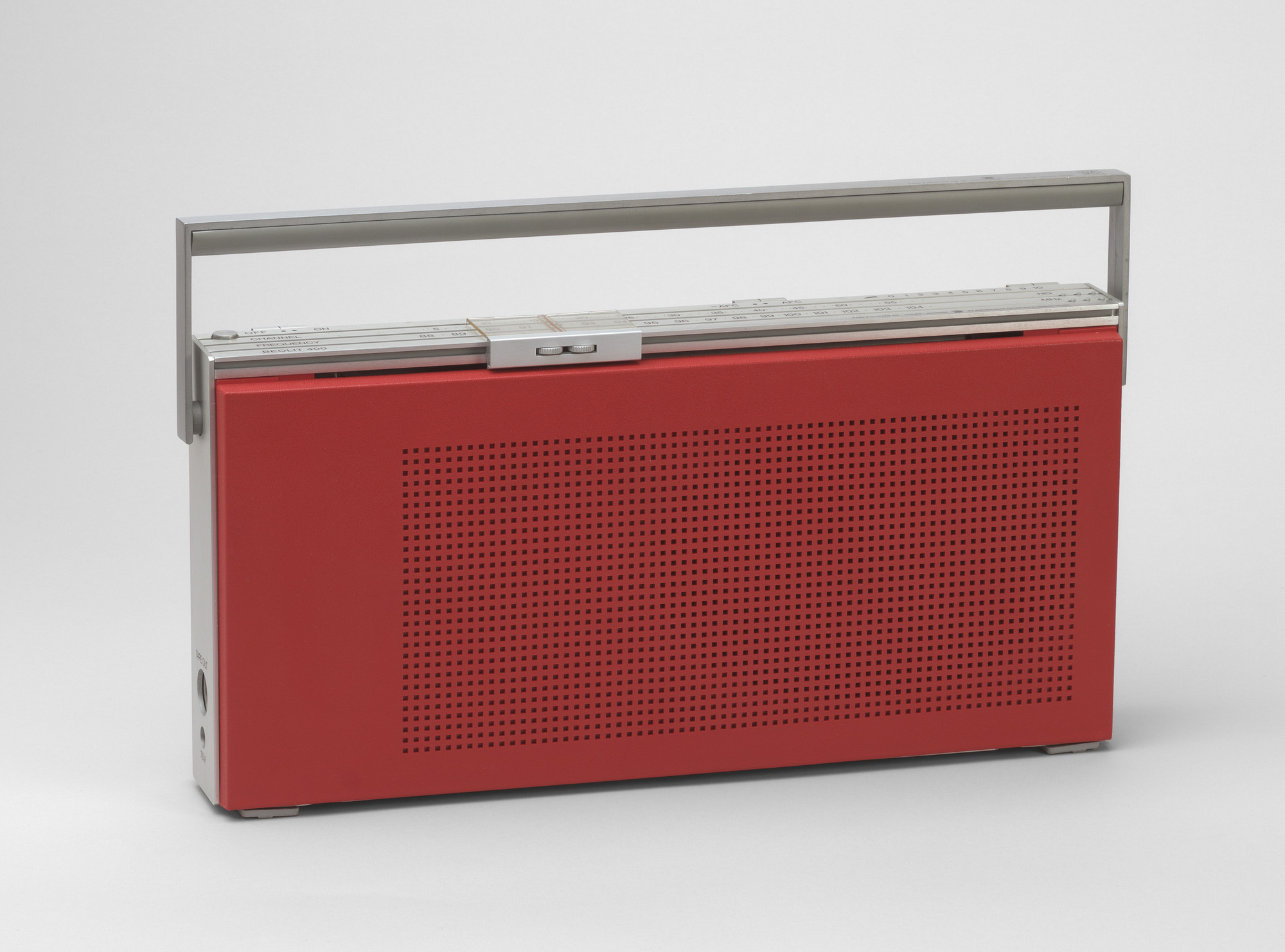 Jacob Jensen. Beolit 400 Portable Radio. 1971