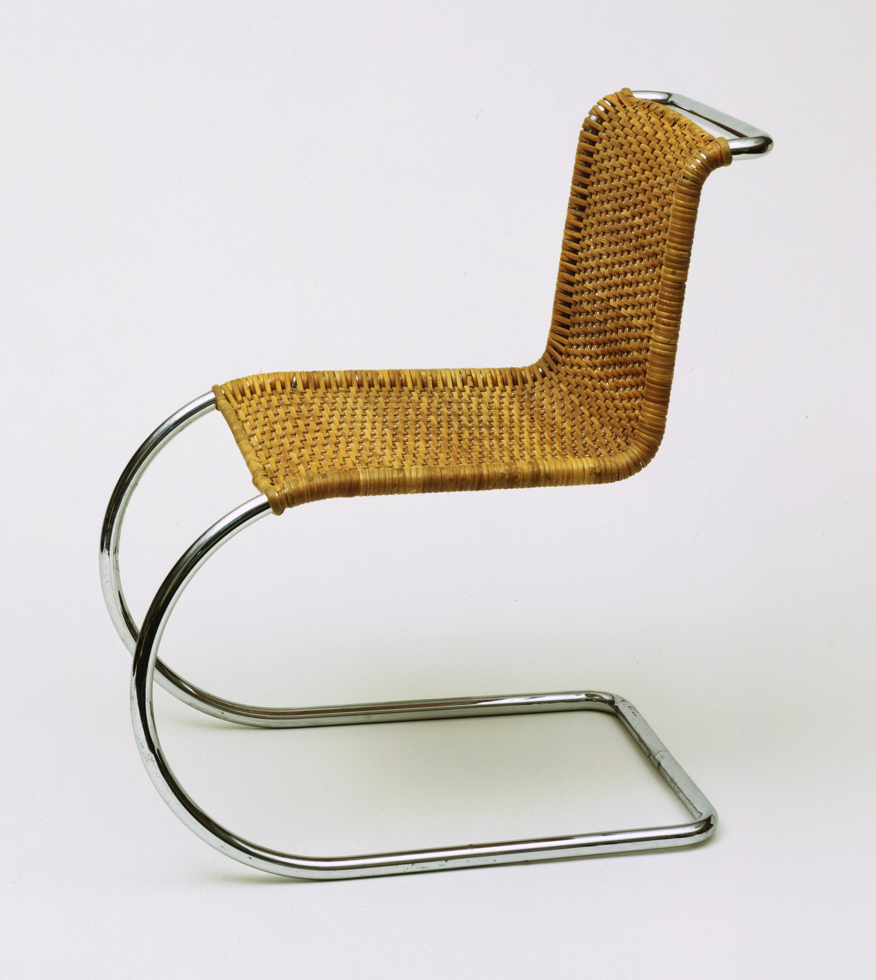 Ludwig Mies van der Rohe. MR Side Chair. 1927
