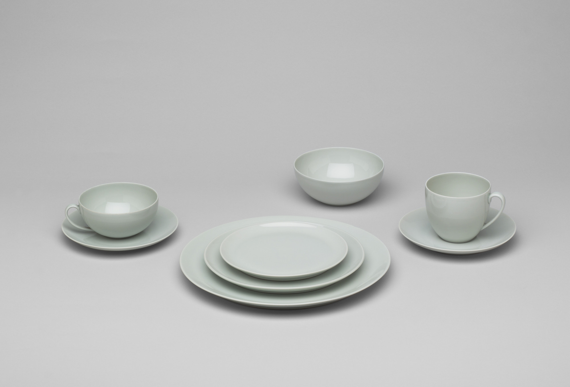 Hermann Gretsch. Dinnerware set. c. 1948