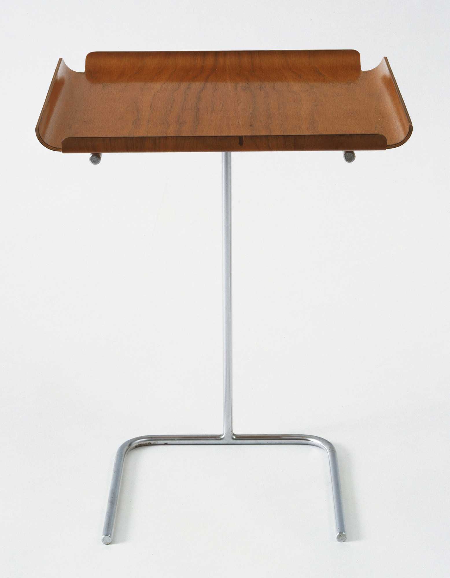 george nelson George Nelson Tray Table Model 4950 1948 MoMA