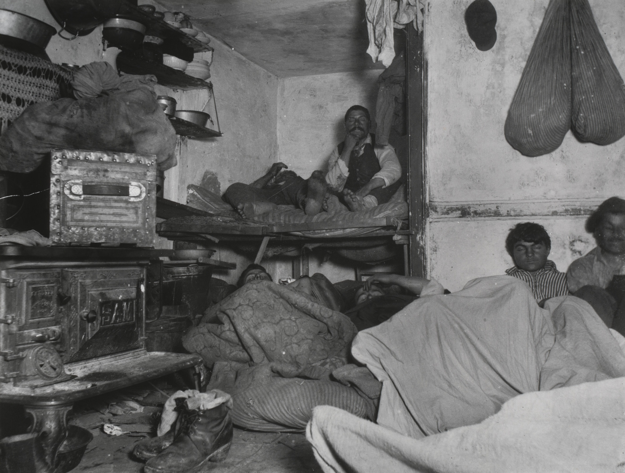 Jacob August Riis. Lodgers in Bayard Street Tenement, Five Cents a Spot. 1889