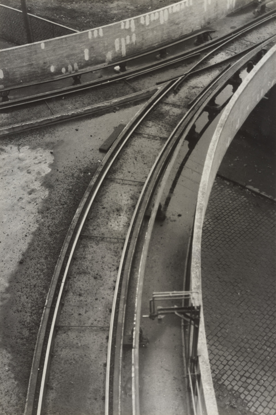 Germaine Krull. Rails. c. 1927