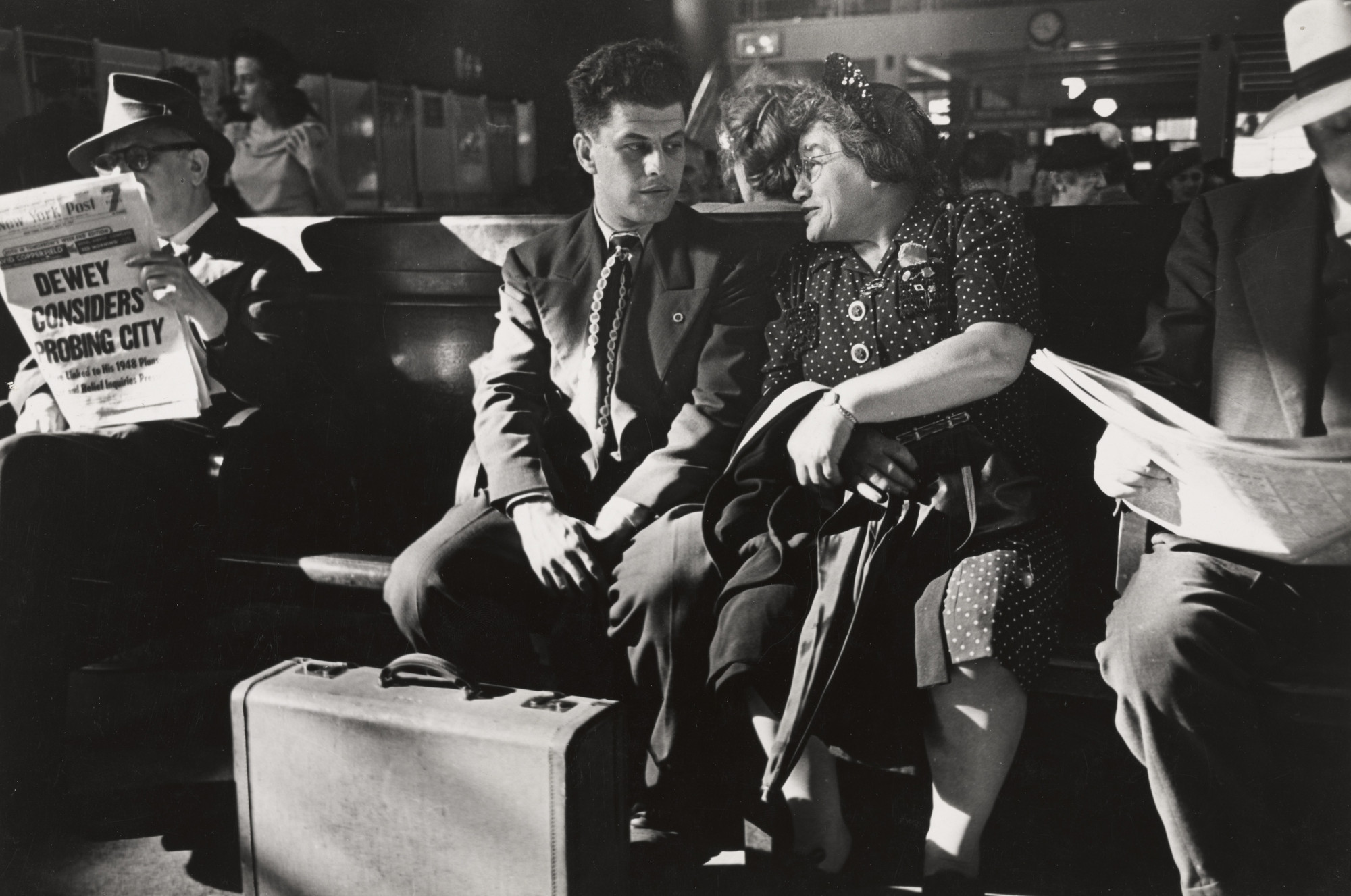 Esther Bubley. Bus Terminal, New York City. 1945