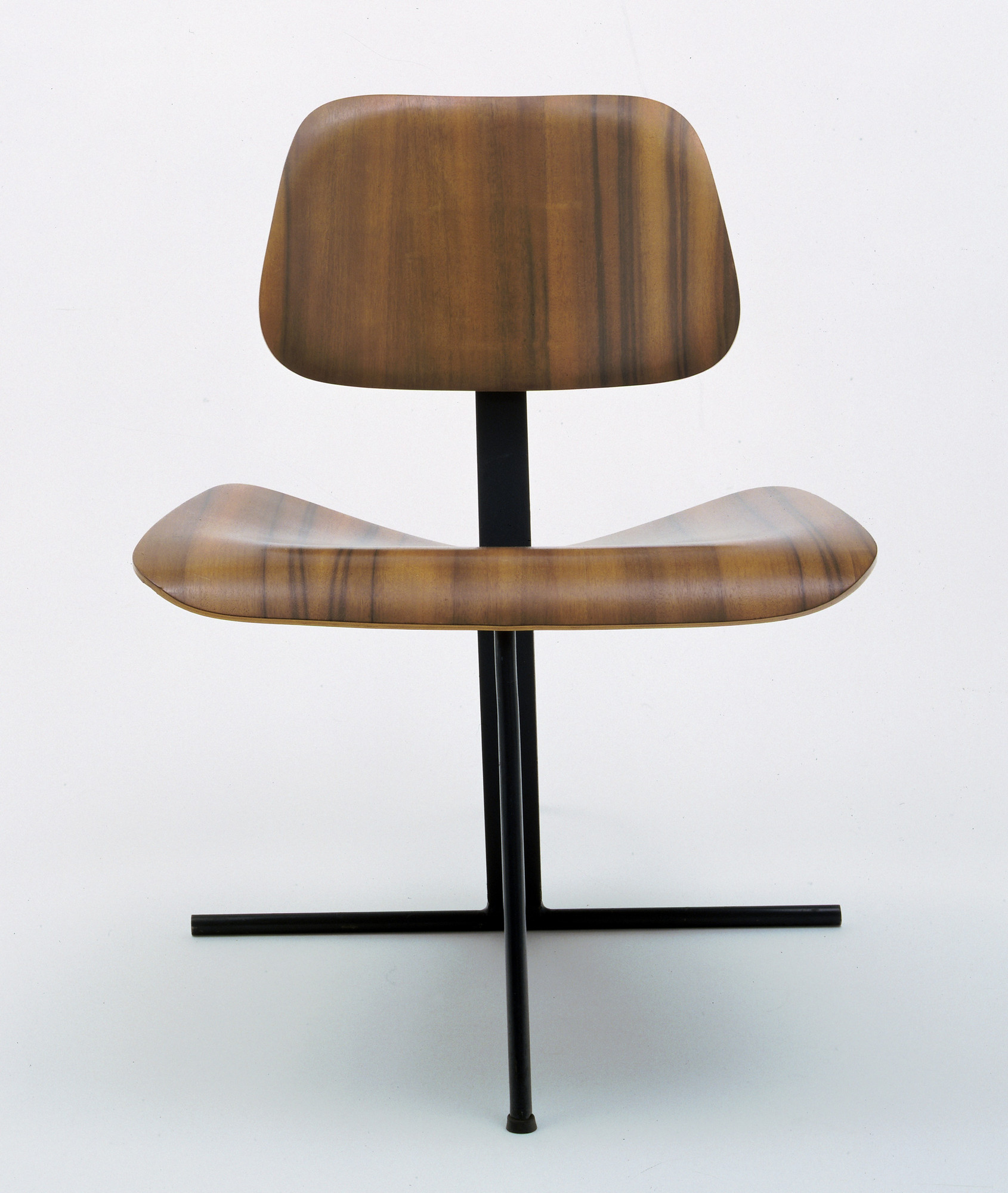 Charles Eames, Ray Eames. Tilt-Back Side Chair. c. 1944