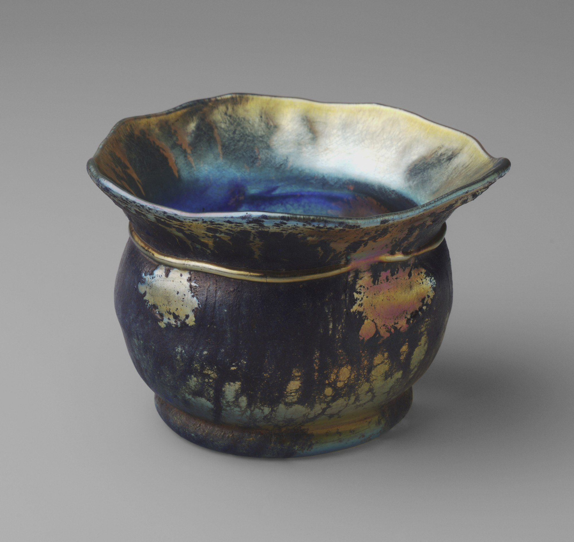 Louis Comfort Tiffany. Bowl. 1921
